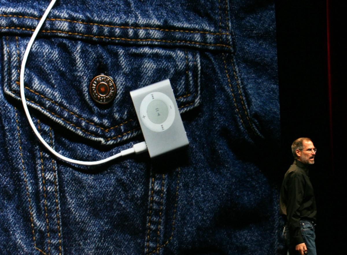 Steve Jobs iPod Shuffle
