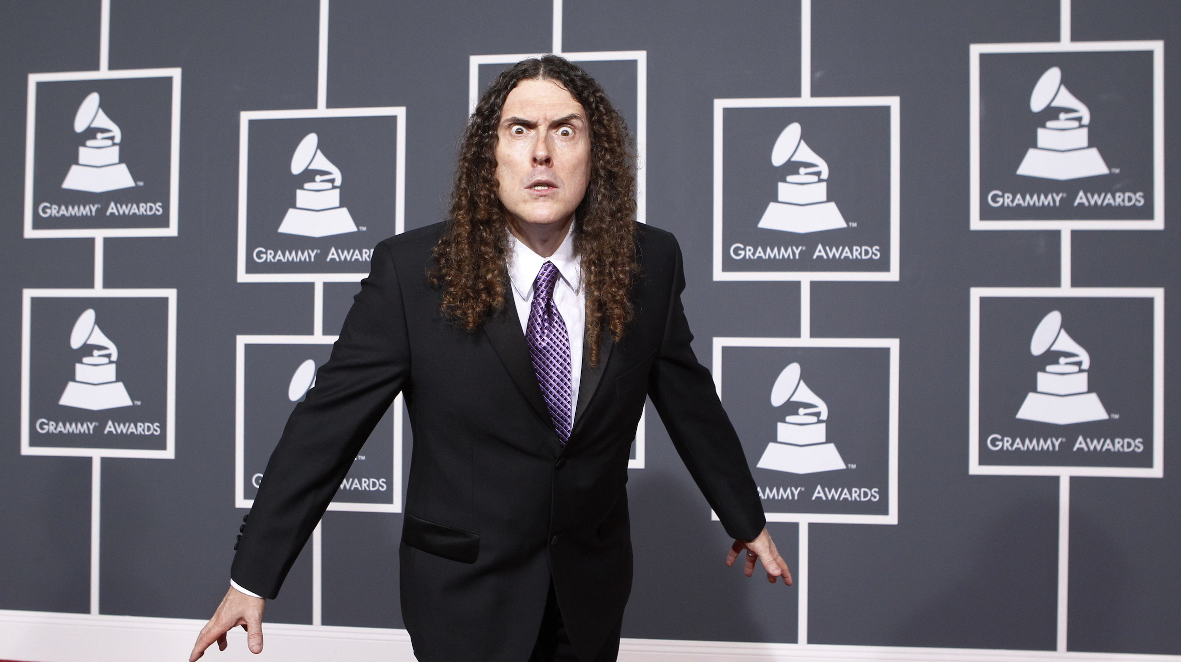 "Singer Alfred ""Weird Al"" Yankovic arrives at the 52nd annual Grammy Awards in Los Angeles January 31, 2010.  REUTERS/Mario Anzuoni  (MUSIC-GRAMMYS/ARRIVALS) (UNITED STATES - Tags: ENTERTAINMENT) - RTR29PQH"