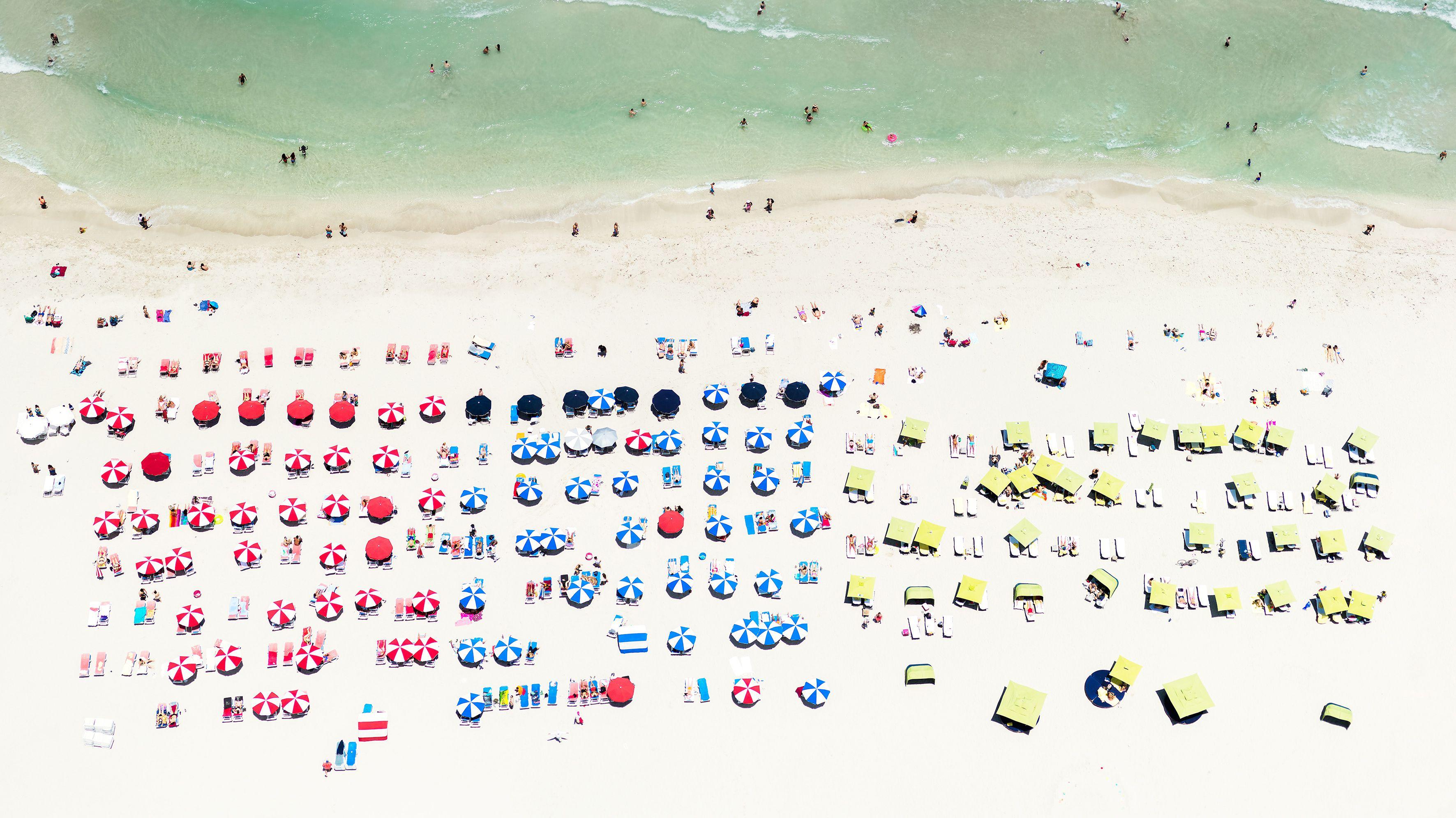 An aerial photograph of a beach in Miami