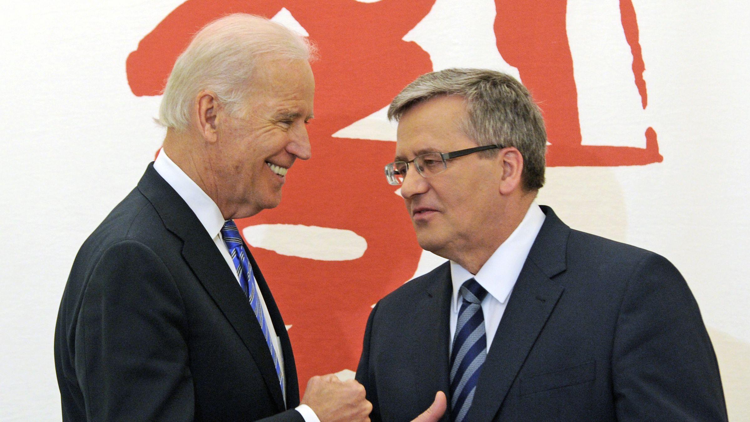 Joe Biden, Polish president Bronislaw Komorowski