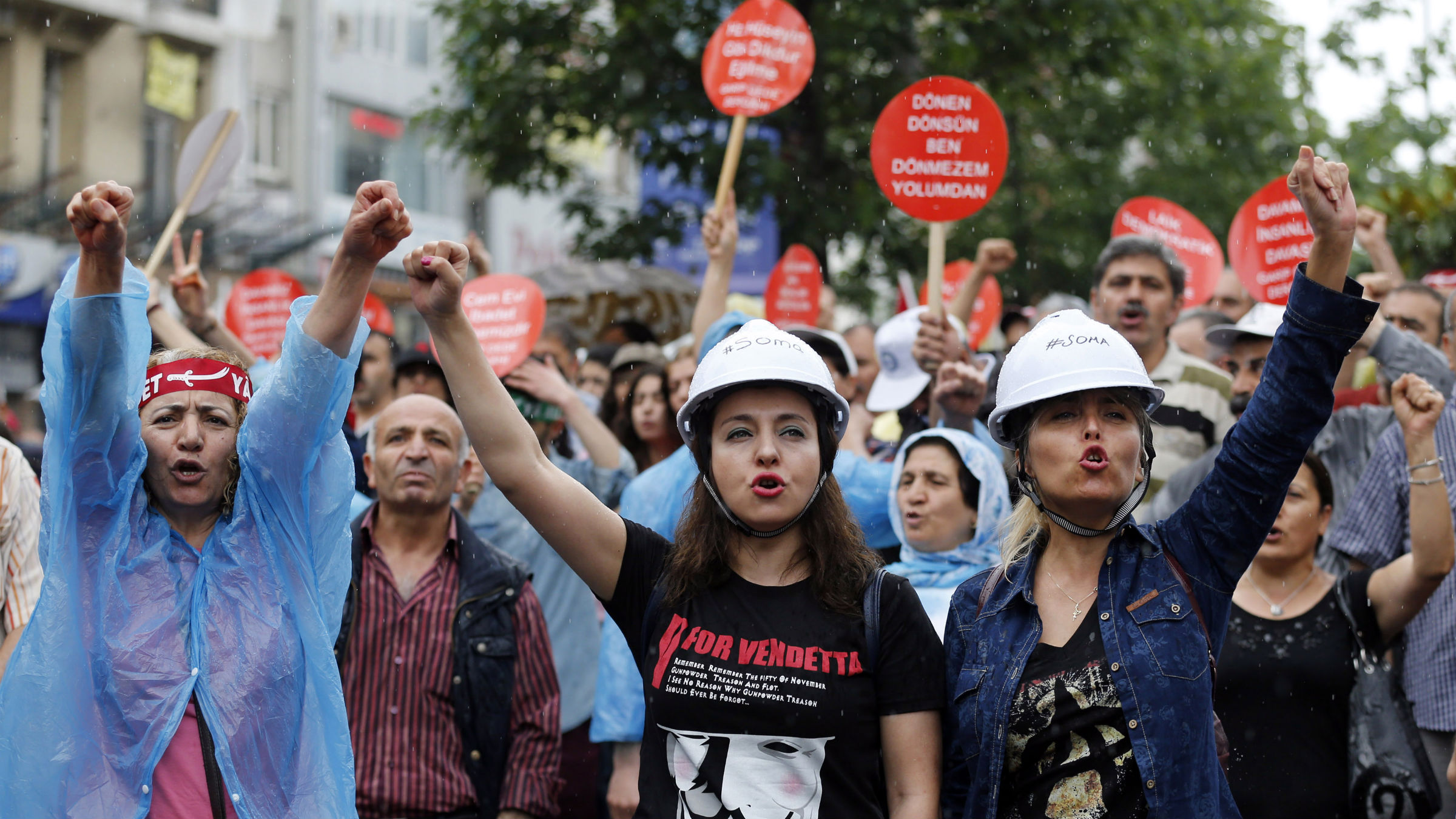 Alevi demonstrators shout anti-goverment slogans during a protest against the latest violence in Okmeydani, a working-class district in the center of the city, in Istanbul May 25, 2014. Two people died last week after clashes between Turkish police and protesters in Okmeydani, a working-class district of Istanbul, stirring fears of further unrest as the anniversary of last year's anti-government demonstrations approaches. Okmeydani is home to a community of Alevis, a religious minority in mainly Sunni Muslim Turkey who espouse a liberal version of Islam and have often been at odds with Prime Minister Tayyip Erdogan's socially conservative, Islamist-rooted government.