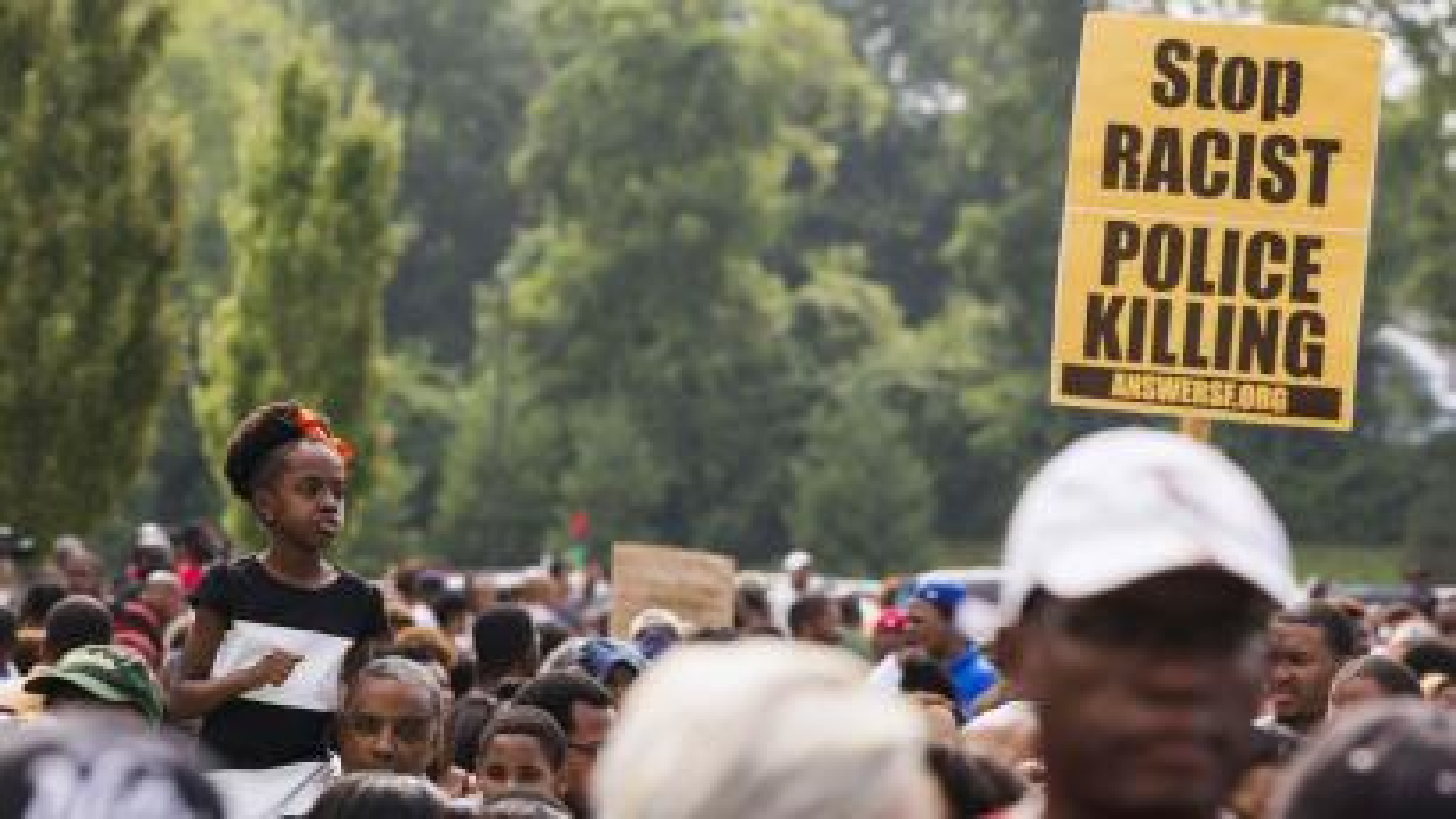 Stop racism sign