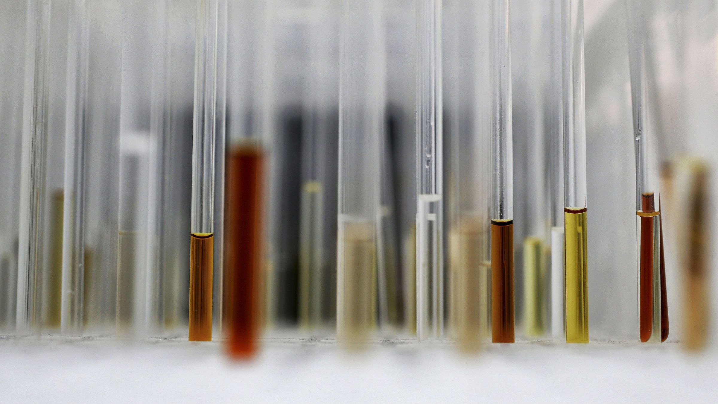 Sample analysis tubes are seen in a lab at the Institute of Cancer Research in Sutton, July 15, 2013. Picture taken July 15, 2013. To match Insight CANCER-DRUGS/ (BRITAIN - Tags: HEALTH SCIENCE TECHNOLOGY)