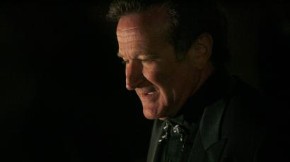 Actor Robin Williams arrives at singer-songwriter Elton John's 60th birthday party in New York March 24, 2007.