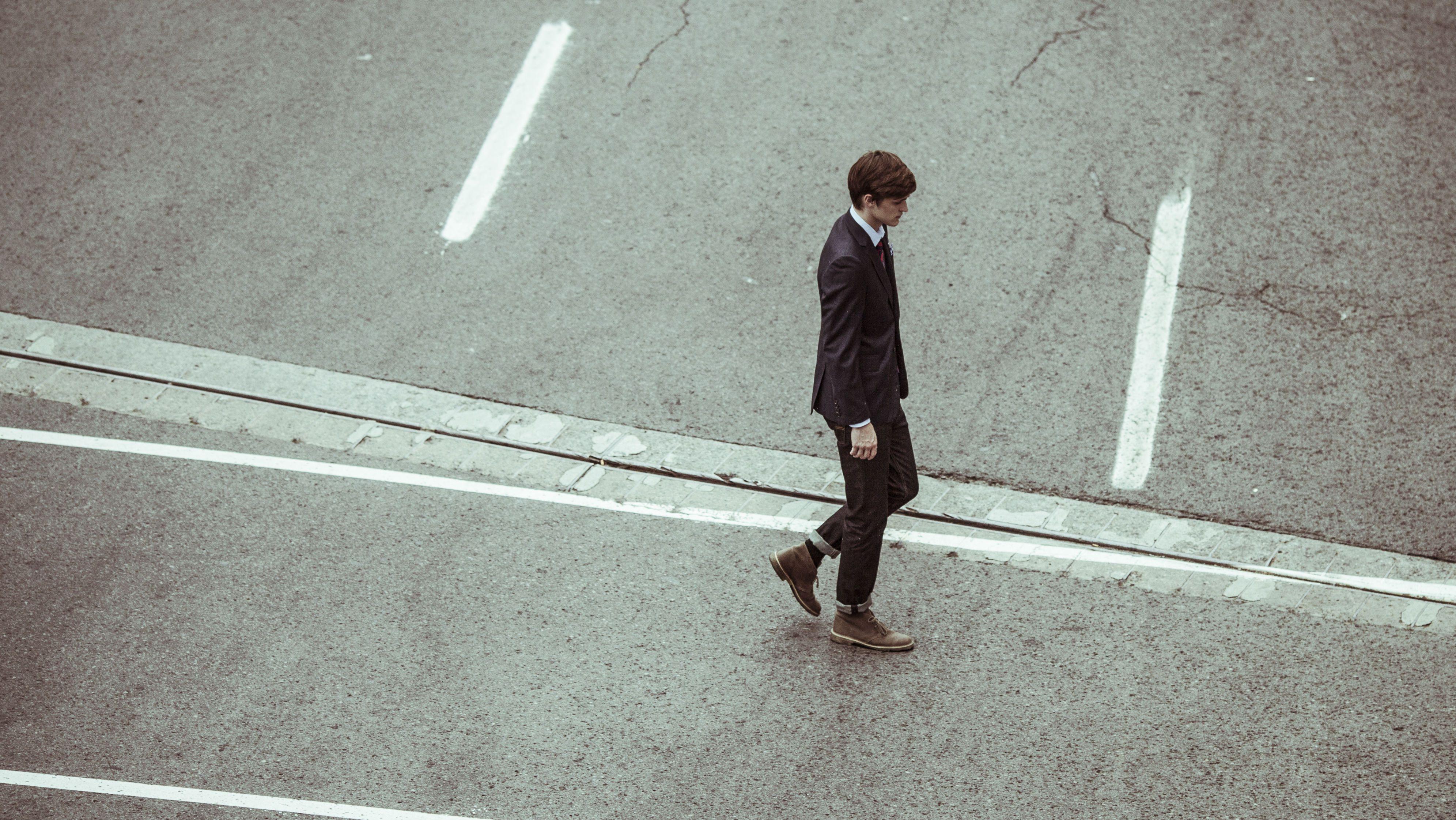 Businessman-crossing