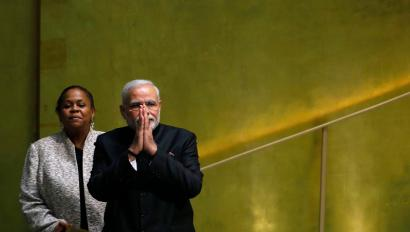 India's Prime Minister Narendra Modi greets delegations after addressing the 69th United Nations General Assembly at the U.N. headquarters in New York September 27, 2014. REUTERS/Eduardo Munoz (UNITED STATES - Tags: POLITICS) - RTR47Y04
