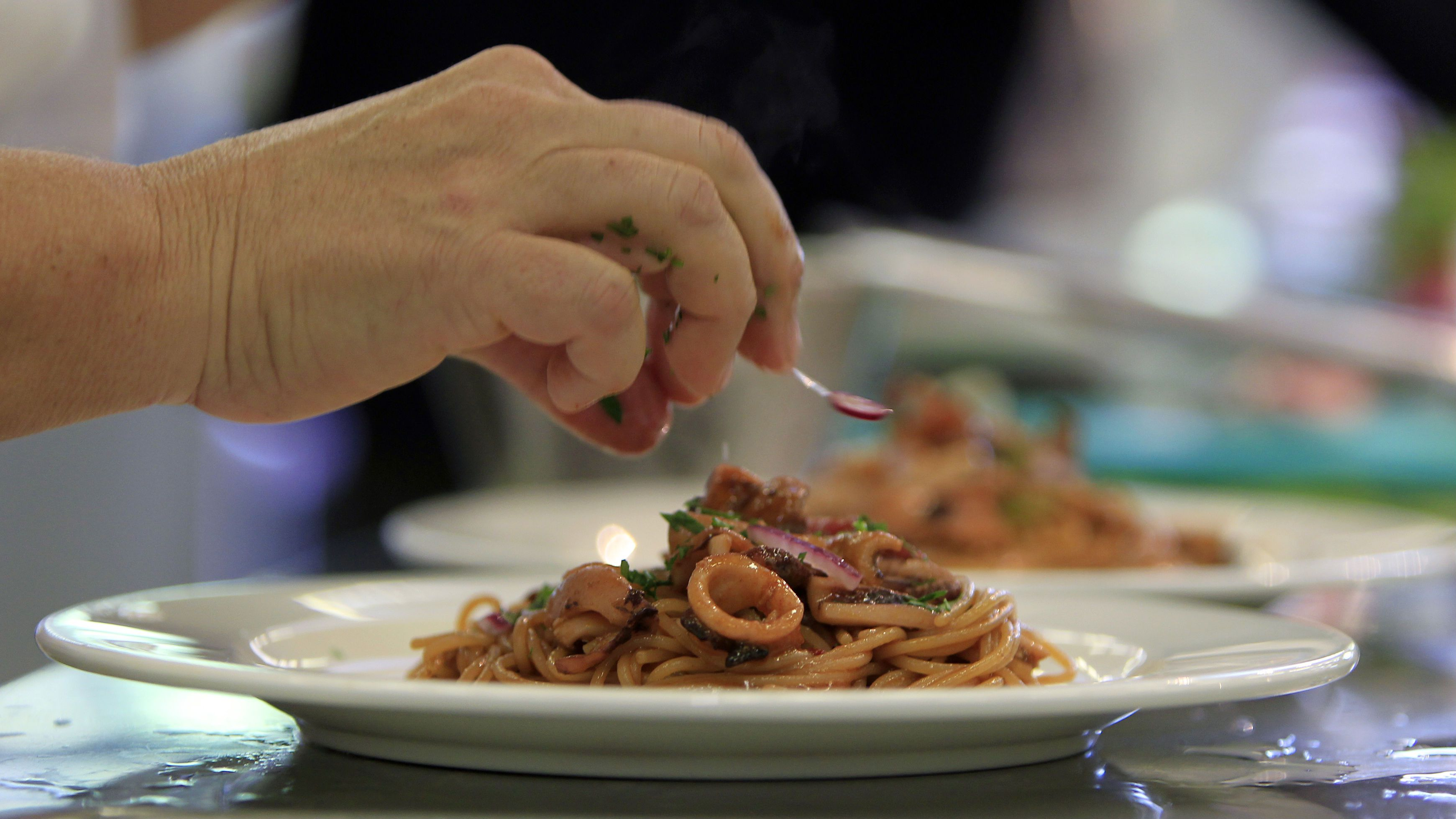 A pasta creation is seen during the Pasta World Championship in Parma June 14, 2013. Chefs from 20 countries are taking part in the championship. REUTERS/Alessandro Garofalo (ITALY - Tags: FOOD SOCIETY)