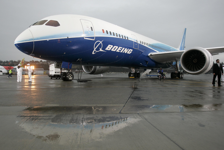 A Boeing Dreamliner.