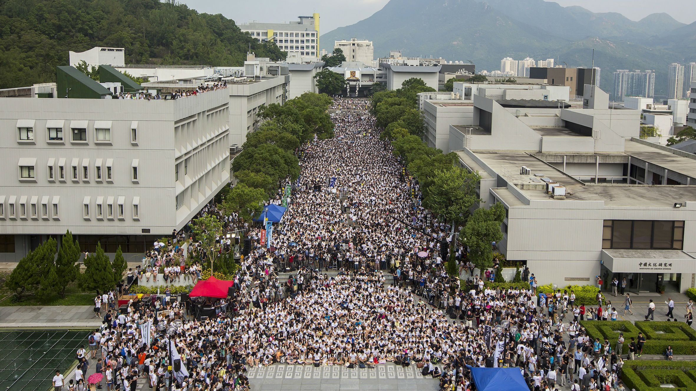Students and teachers attend a rally during the class boycott at the Chinese University of Hong Kong