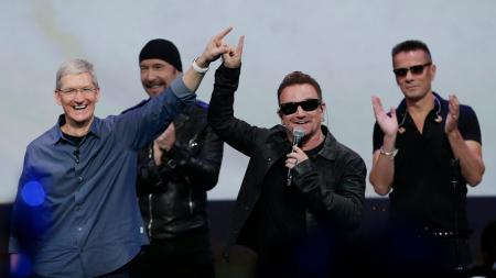 Apple CEO and U2's Bono at the Apple Watch keynote