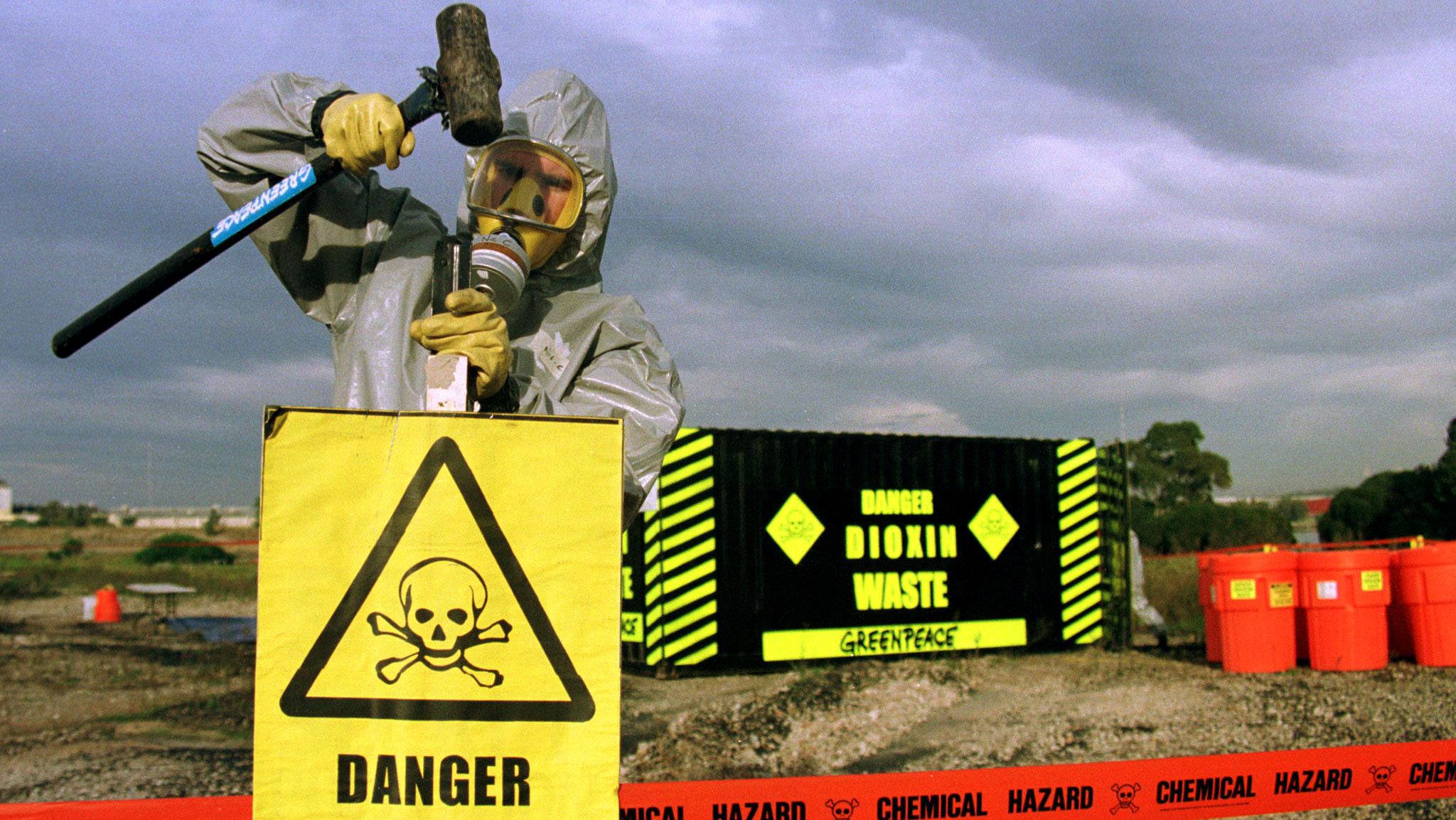 Toxic warning signs