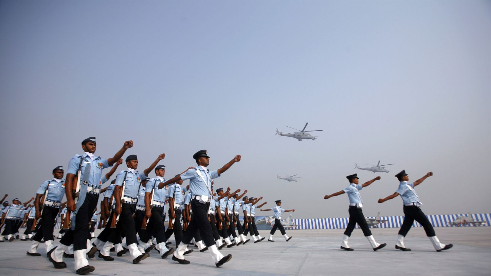 Indian Air Force (IAF) soldiers march during the Indian Air Force Day celebrations at the Hindon air force station on the outskirts of New Delhi October 8, 2010. The Indian Air Force celebrated its 78th anniversary on October 8.
