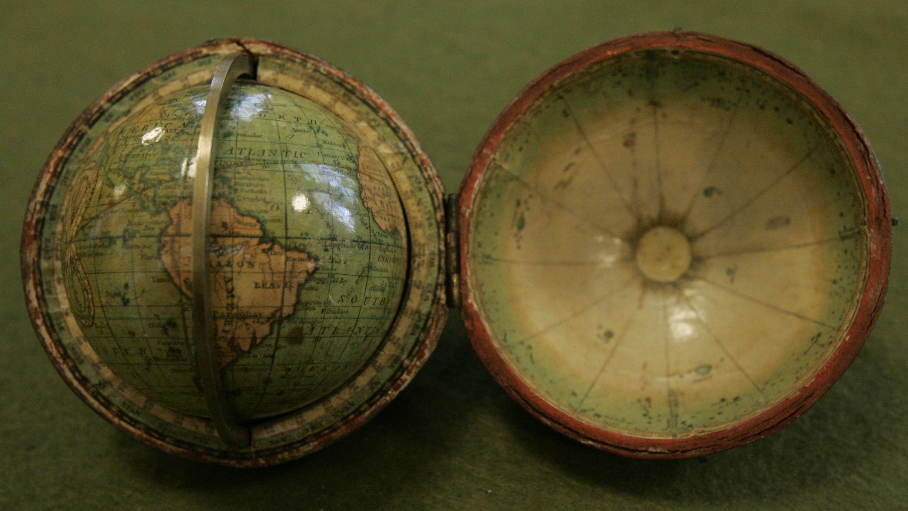 tiny globe