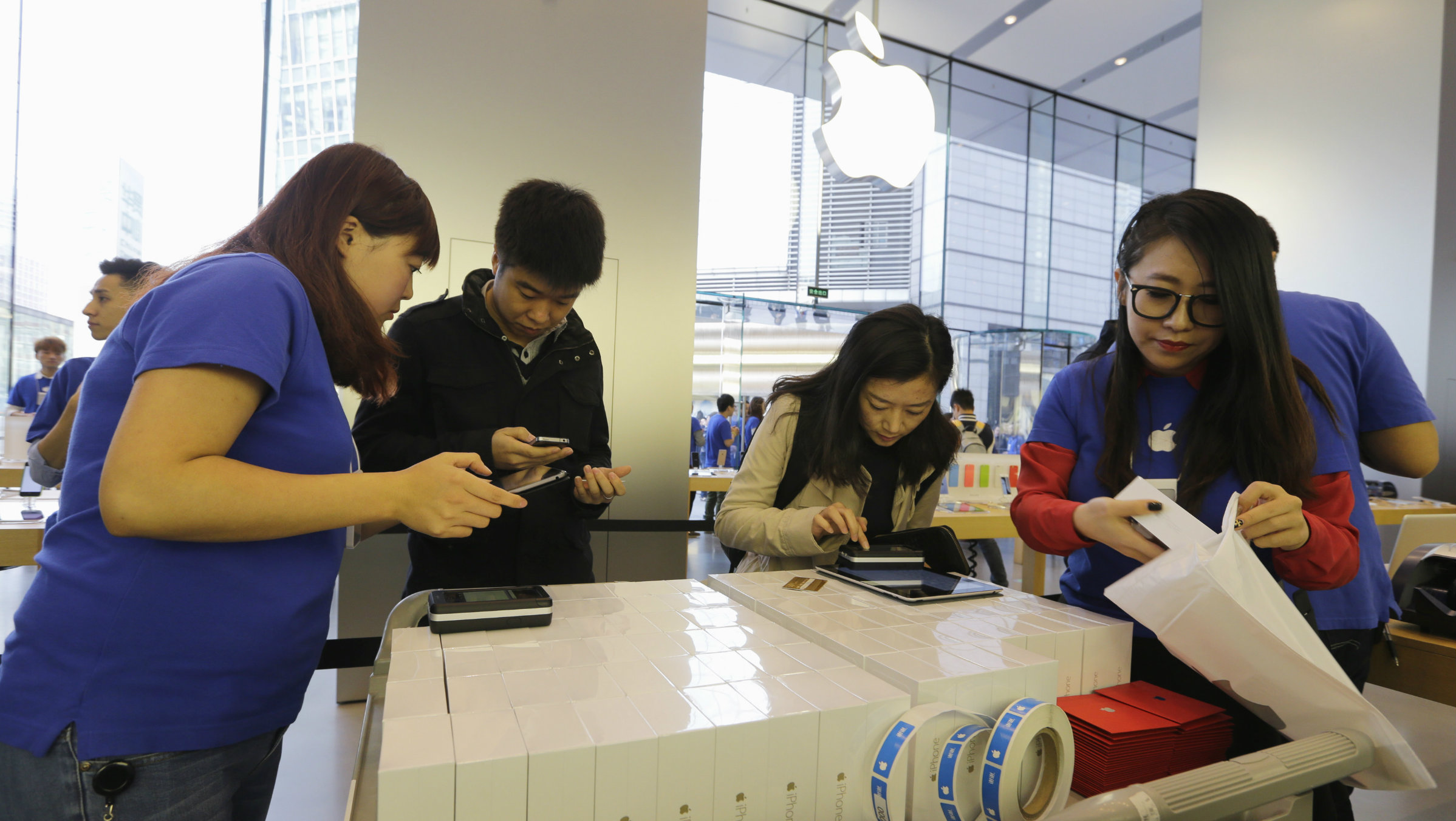 China may be hacking every iPhone user in the country — Quartz