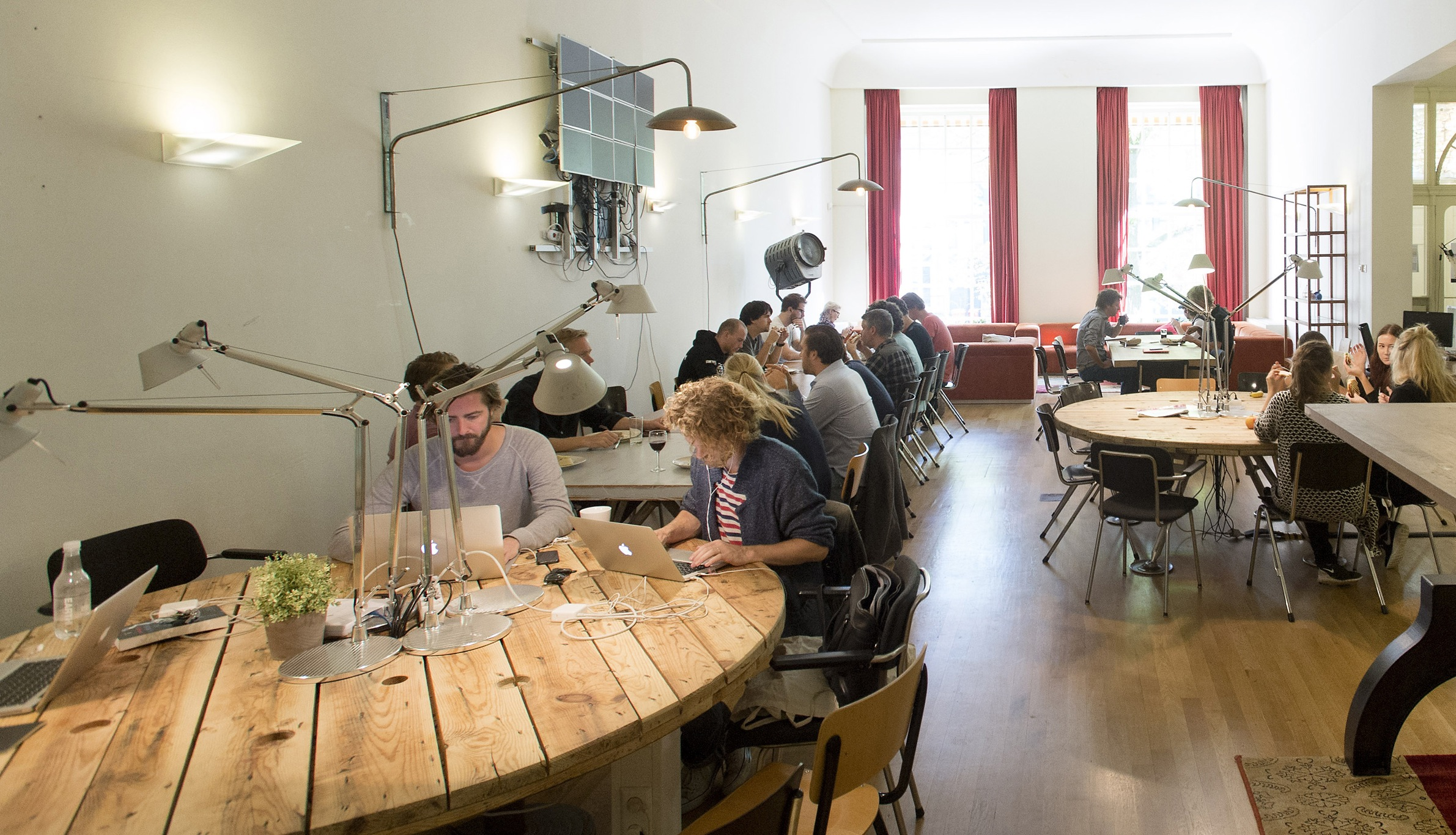 An interior view of the eating and meeting room in the 400-year-old former merchant bank building called De Zonnewijser, home to Rockstart Accelerator, a private bootcamp for tech firms, in Amsterdam September 2, 2014. Picture taken September 2, 2014.   To match Insight EUROPE-STARTUPS/INCUBATORS     REUTERS/Toussaint Kluiters/United Photos (NETHERLANDS - Tags: BUSINESS SCIENCE TECHNOLOGY) - RTR46EE1