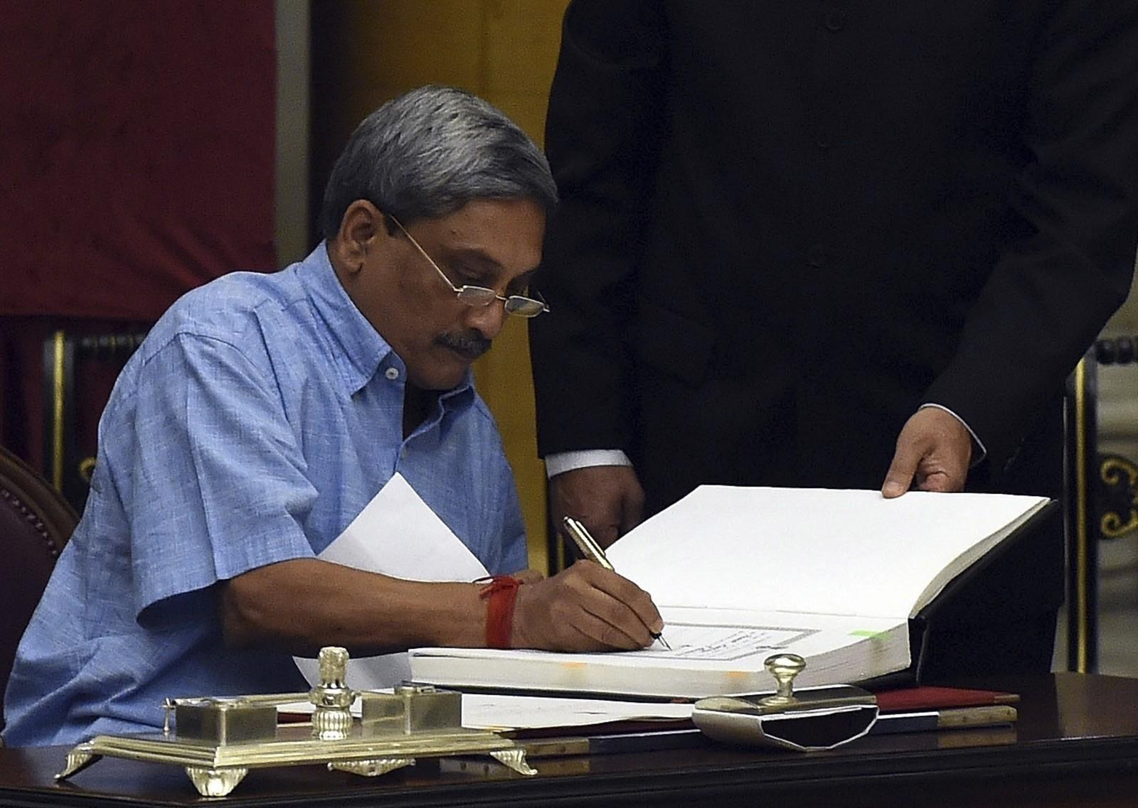 India-Parrikar-Modi