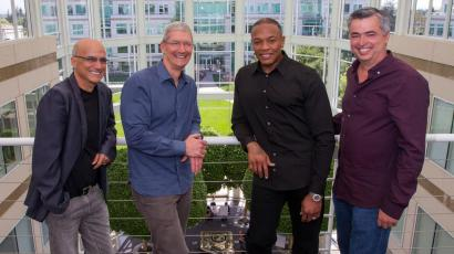 Dre Jimmy Iovine Tim Cook