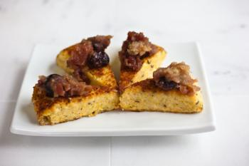 polenta with apple cherry chutney_