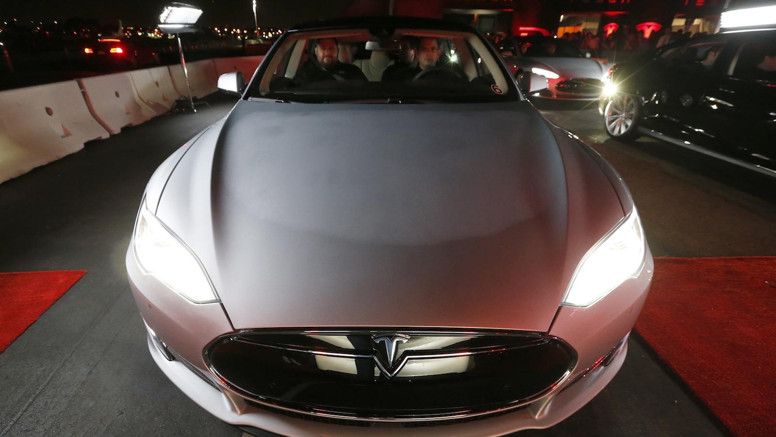 Tesla-Model 3-India
