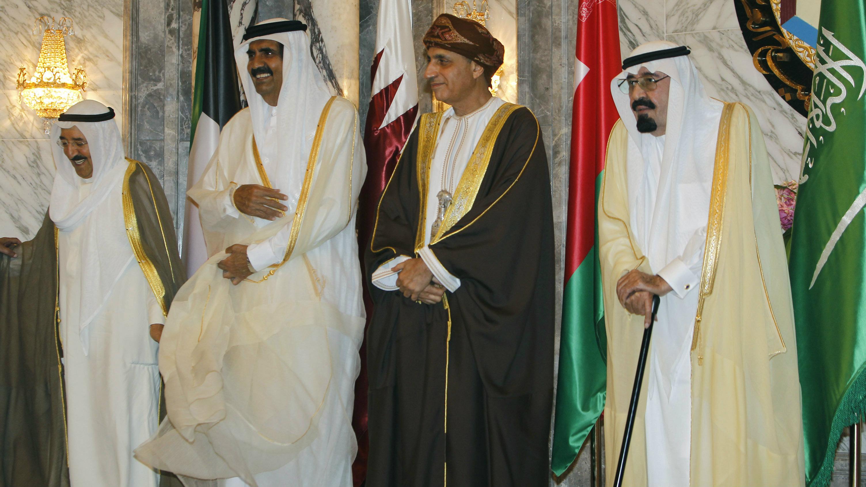 Saudi Arabia's King Abdullah, (R) Omani Deputy Prime Minister for the Council of Ministers Sayyid Fahd bin Mahmoud al-Said, (2nd R) Qatar's Emir Sheikh Hamad bin Khalifa al-Thani (2nd L) and Kuwaiti Emir Sheikh Sabah al-Ahmad al-Sabah pose for a picture before their meeting in Riyadh May 14, 2012.
