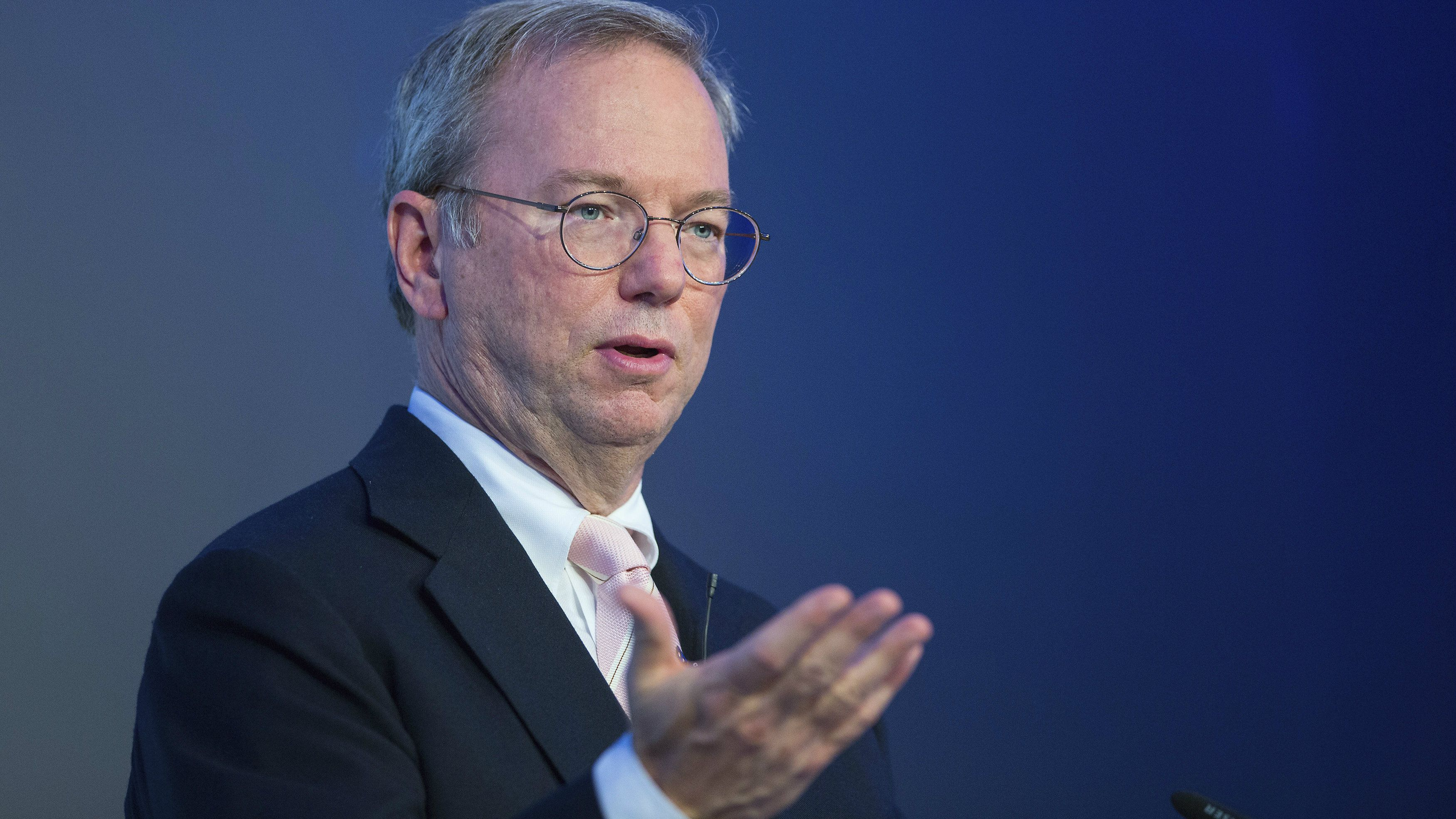 Google Executive Chairman Eric Schmidt holds a speech before a panel discussion in Berlin October 14, 2014. REUTERS/Hannibal (GERMANY - Tags: POLITICS BUSINESS)