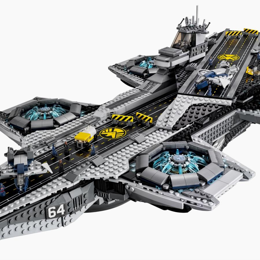 Lego Just Unveiled Its 3000 Piece Helicarrier From The Avengers