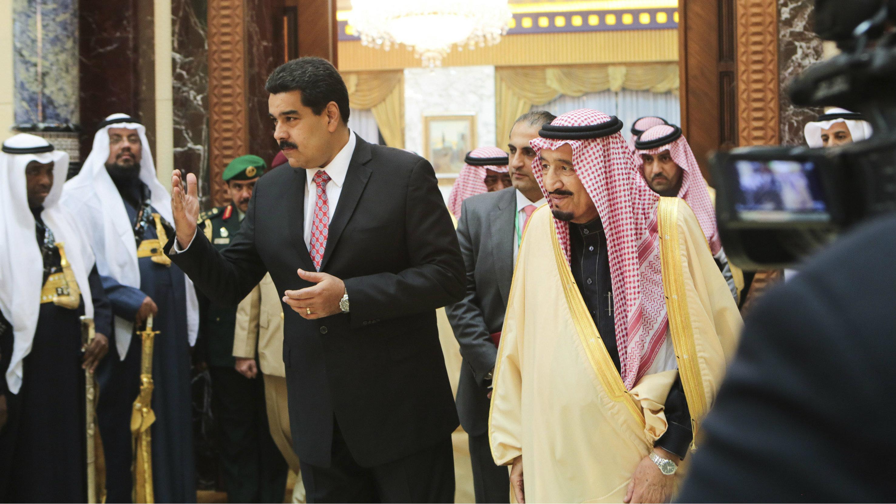 Venezuela's President Nicolas Maduro is welcomed by Saudi Arabia's Crown Prince Salman in Riyadh January 11, 2015.