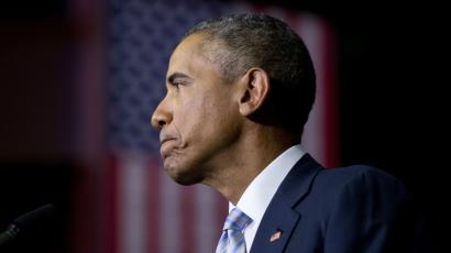 President Barack Obama pauses as he speaks about the France newspaper attack, Friday, Jan. 9, 2015, at Pellissippi State Community College. The president said he is hopeful that the immediate threat posed by terrorists in Paris has been now resolved. He says the situation remains fluid and that the French government continues to face the threat of terrorism. (AP Photo/Carolyn Kaster)