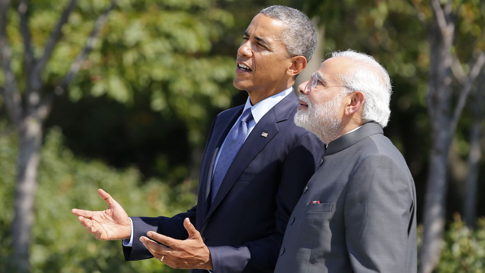 U.S. President Barack Obama and India's Prime Minister Narendra Modi talk at the National Martin Luther King Memorial on the National Mall in Washington September 30, 2014.