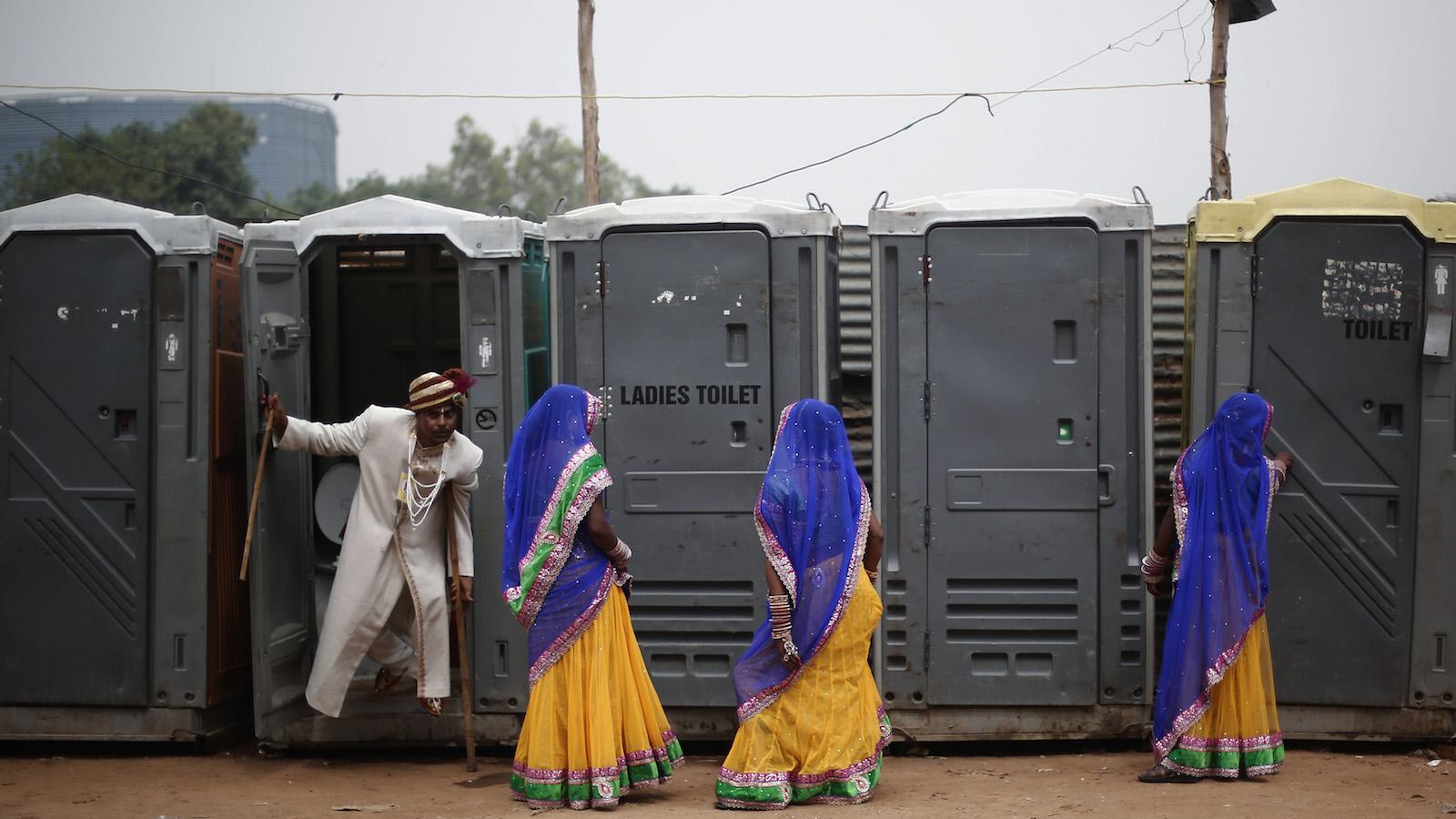 toilets-india