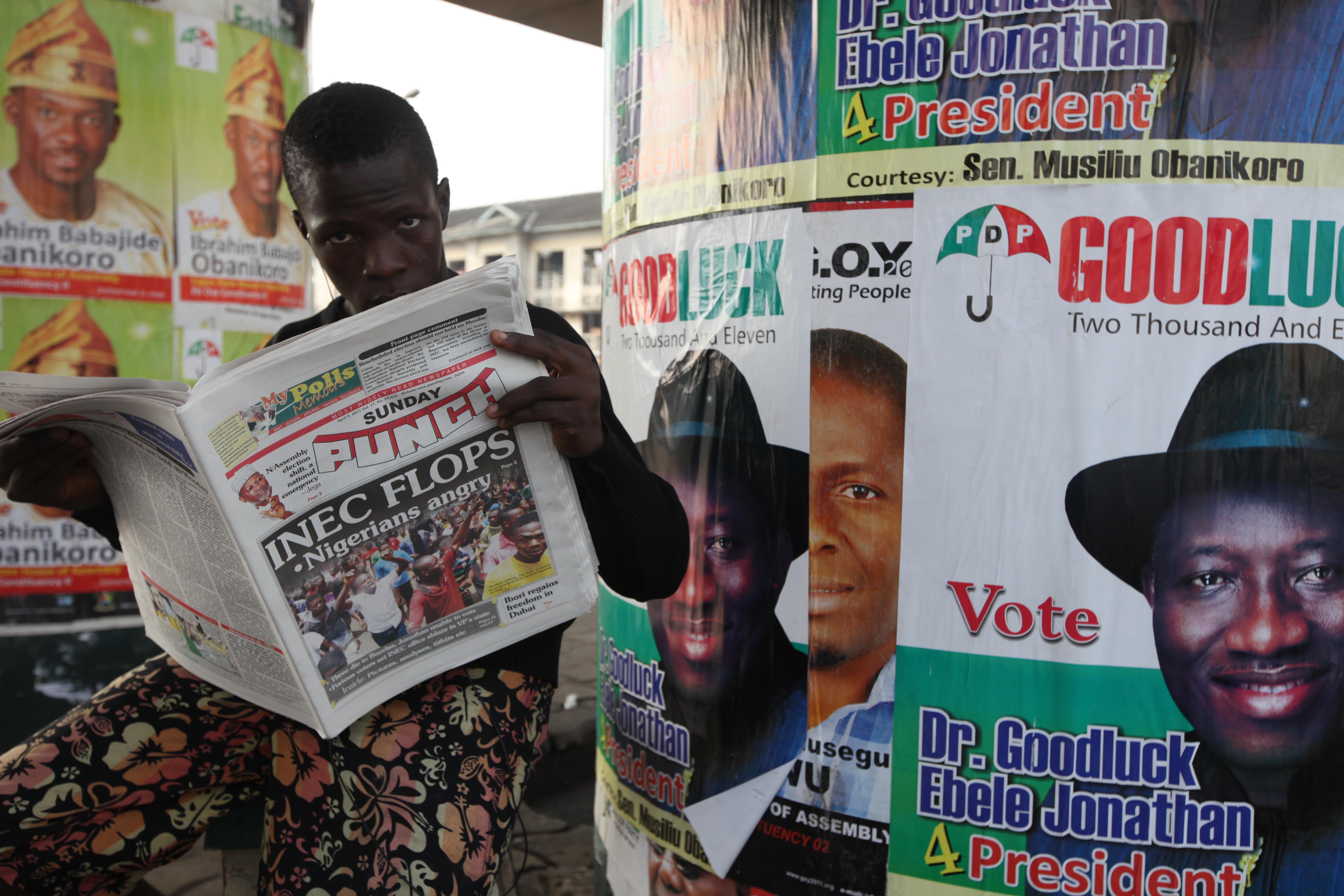 Nigeria delays its presidential election