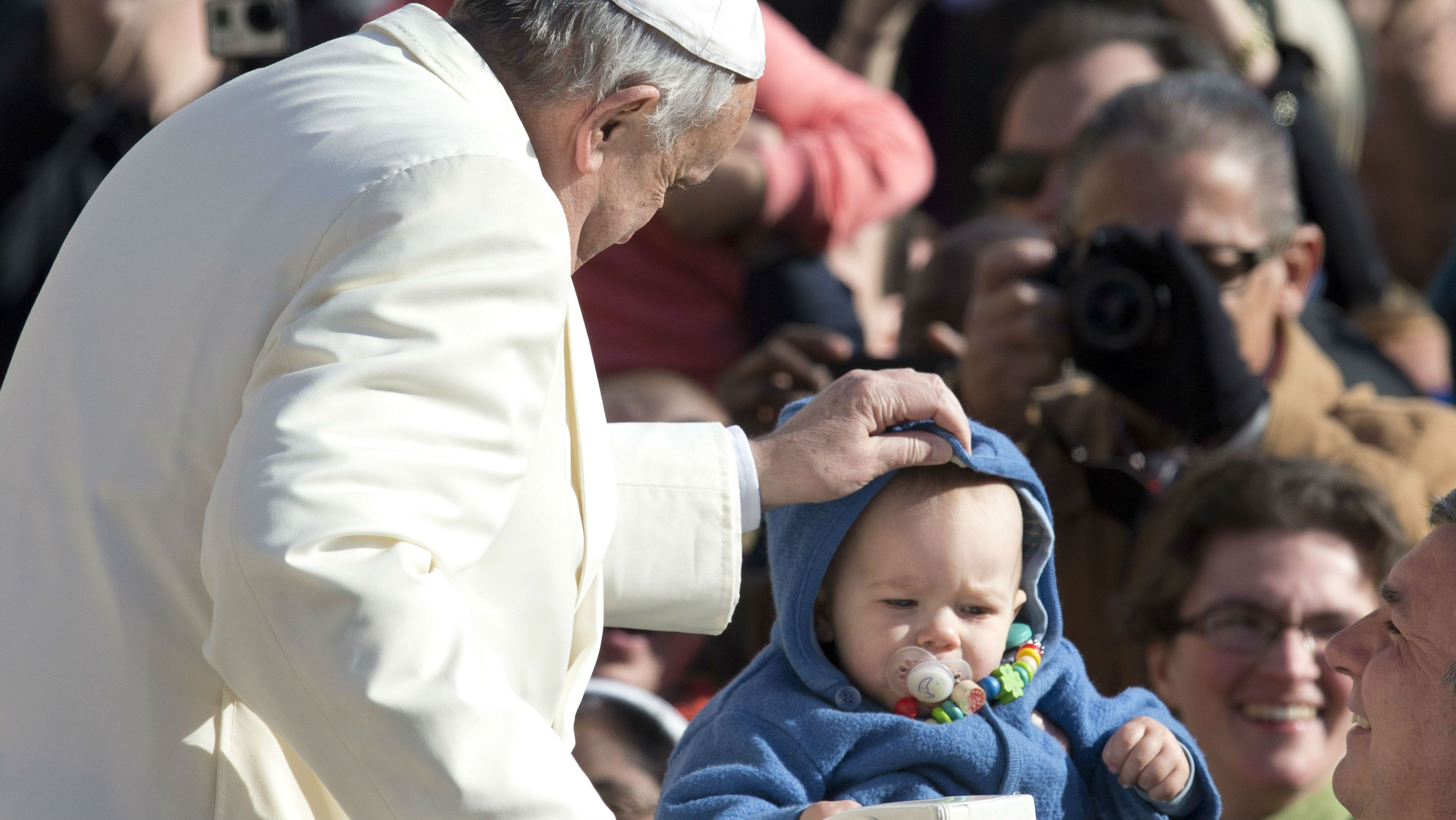 The Pope with a child