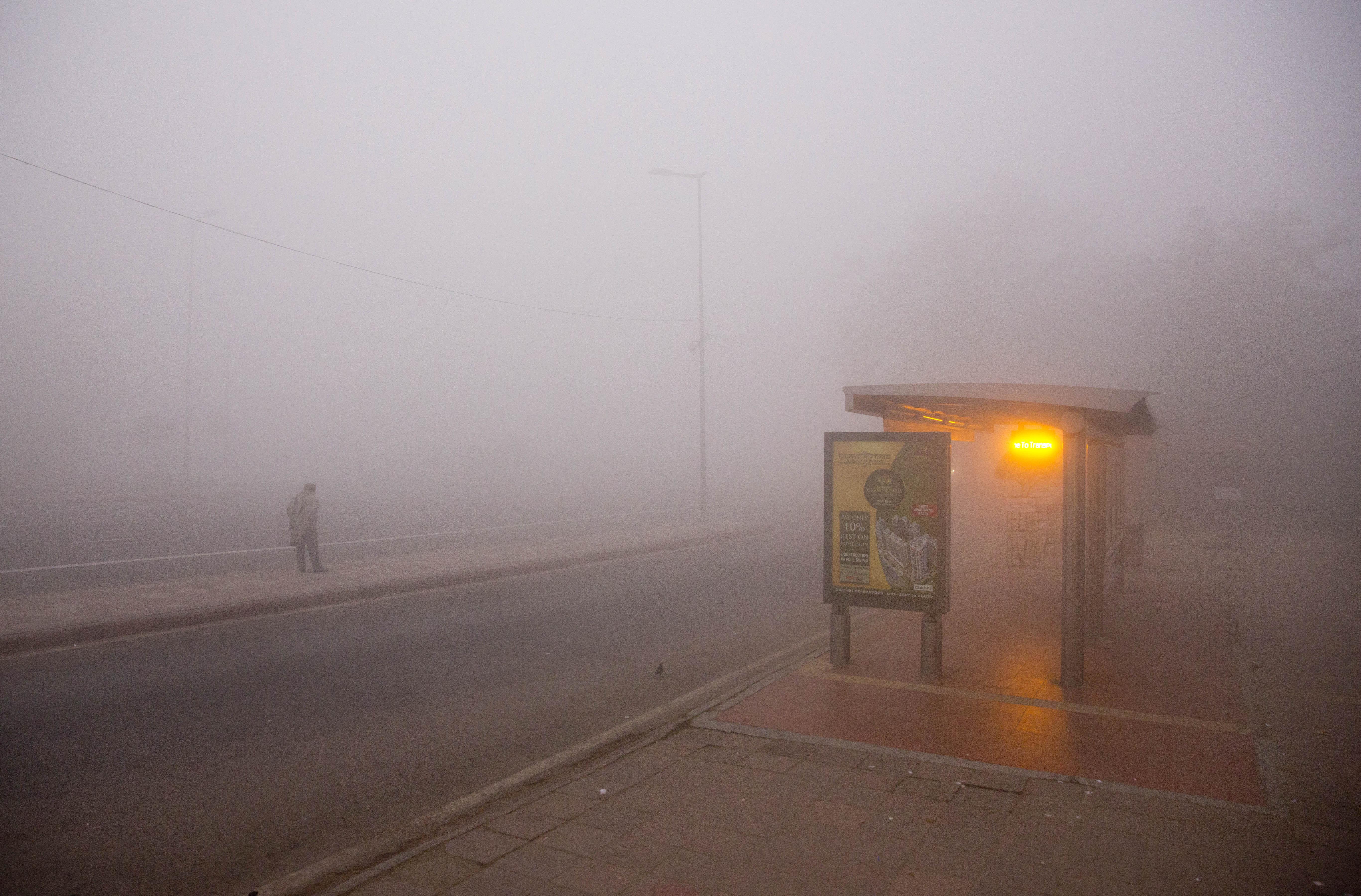 Fog-pollution-Delhi