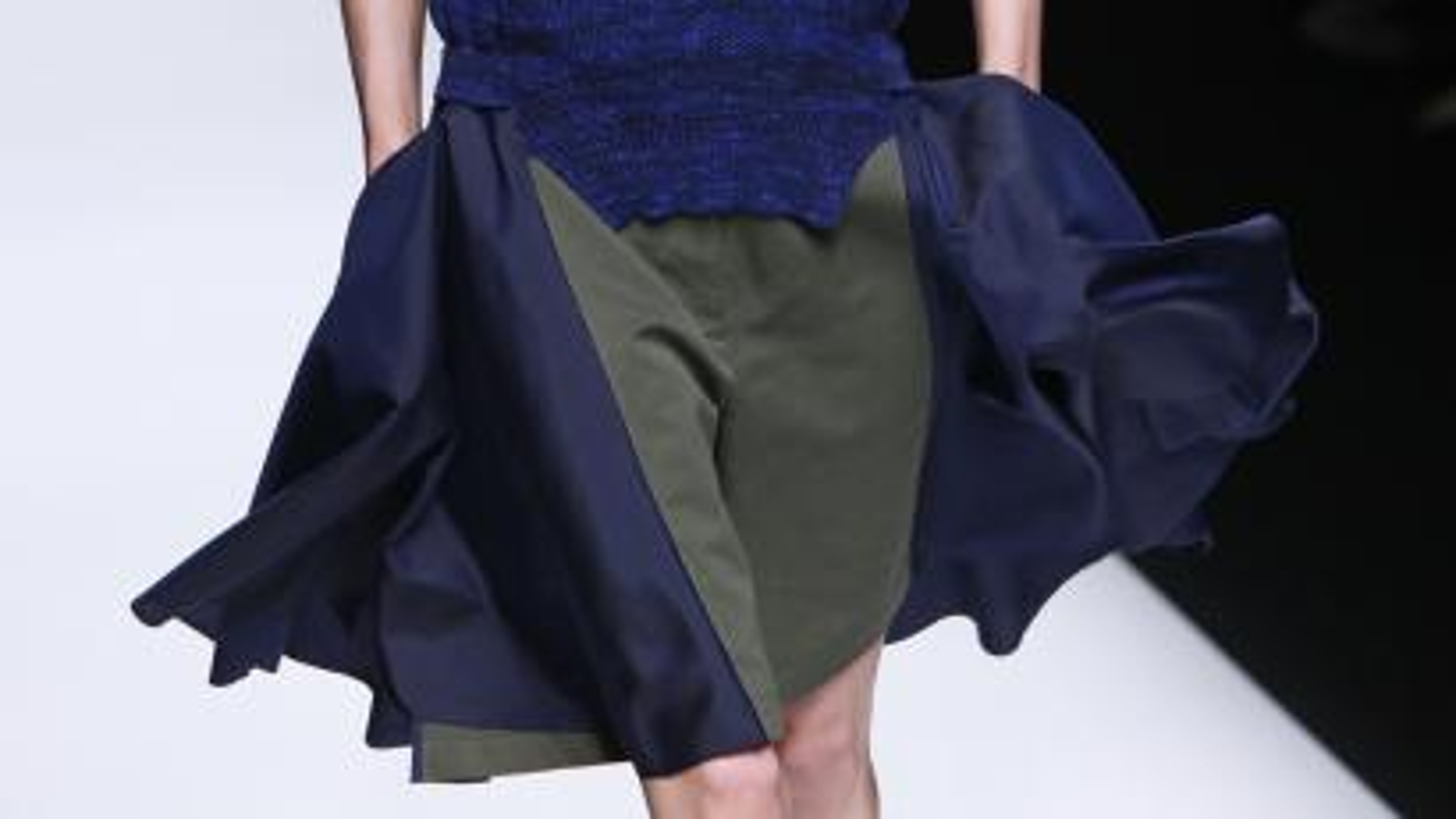 sacai, runway, chitose abe, nike, sportswear, womenswear, lifestyle, clothing