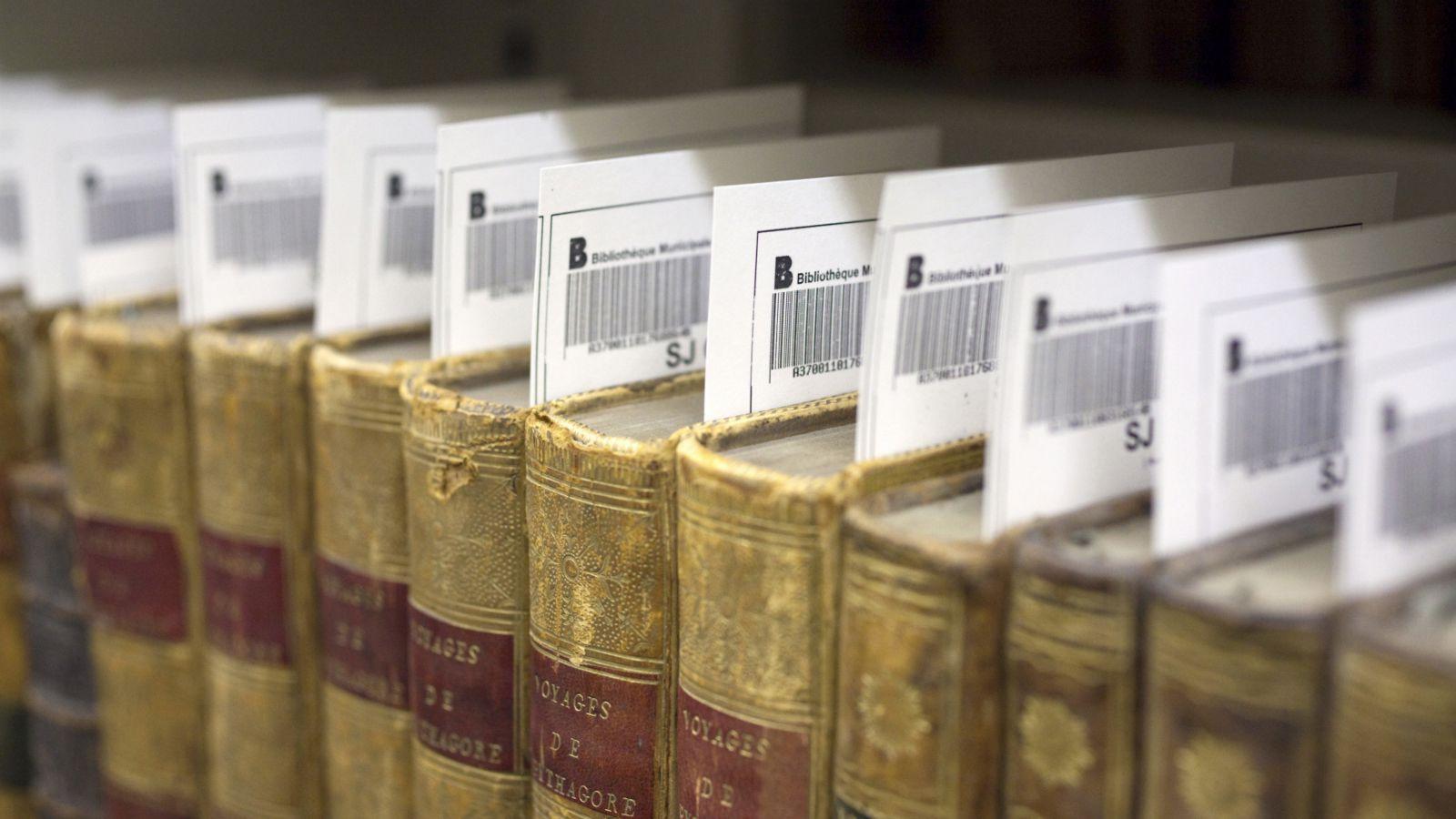 India-Book-Murty-Literature