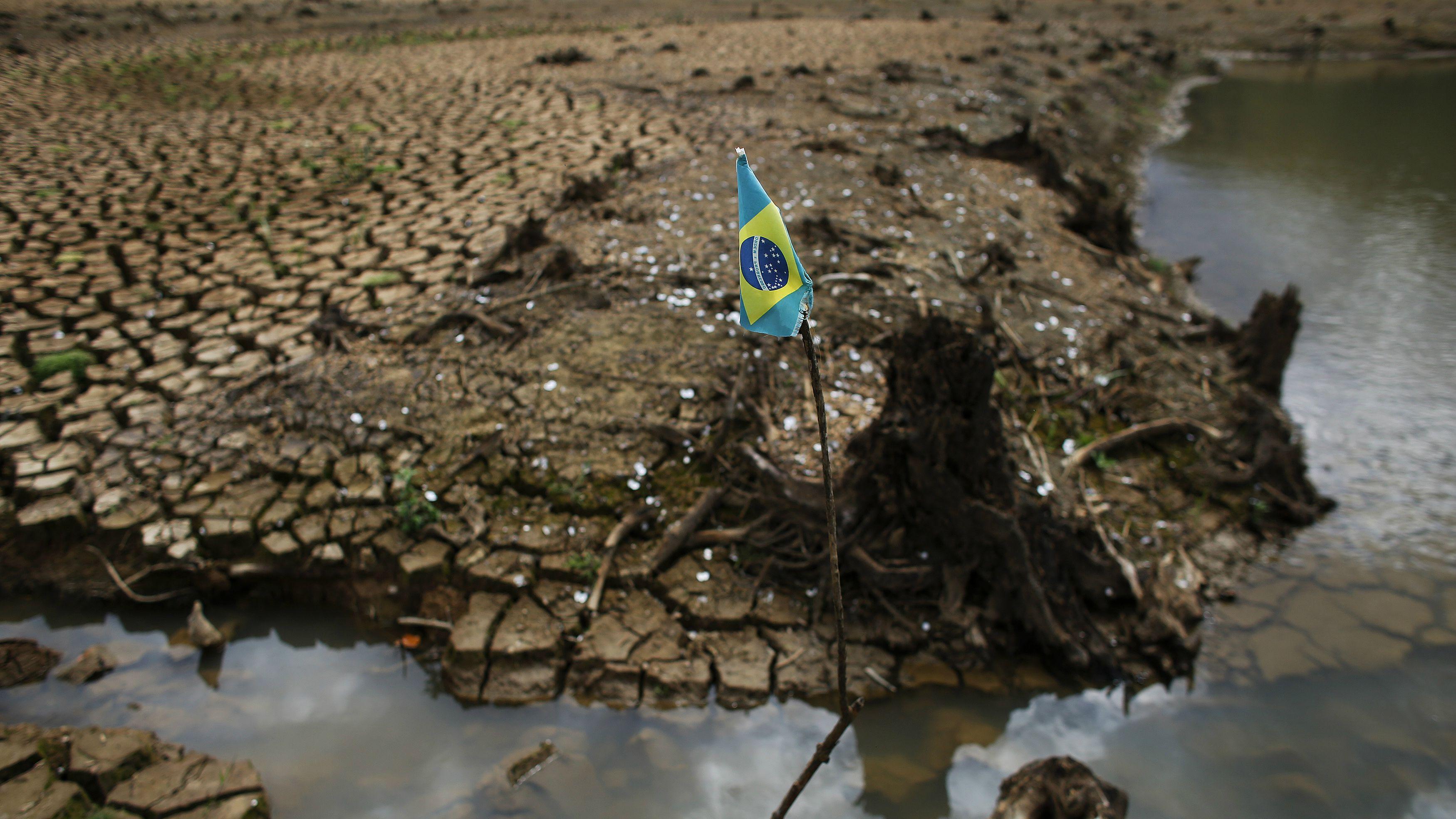 Sao Paulo water shortage, Atibainha dam, part of the Cantareira reservoir