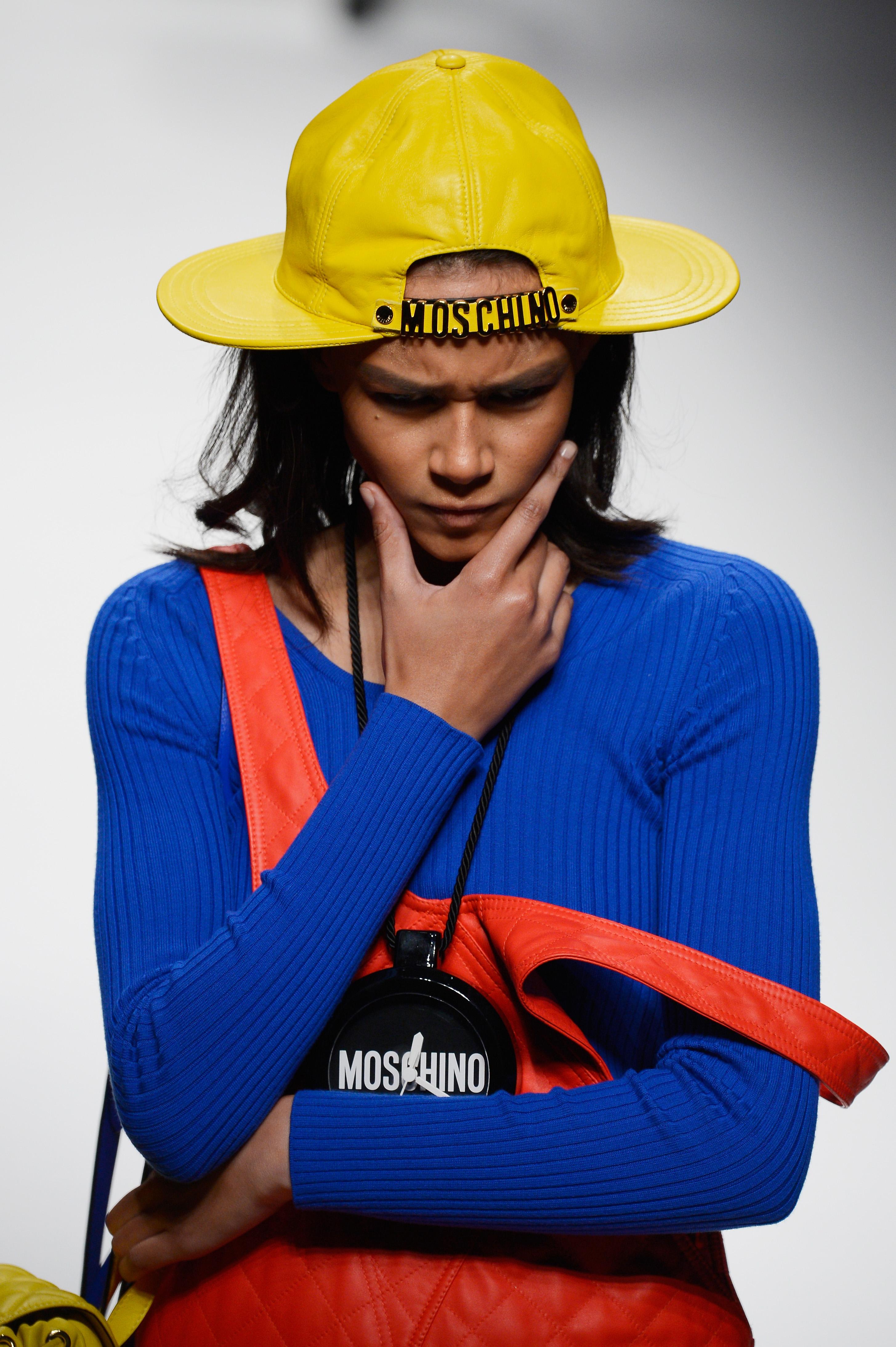 moschino, milan fashion week, fall 2015, model, runway, fashion, style, clothing