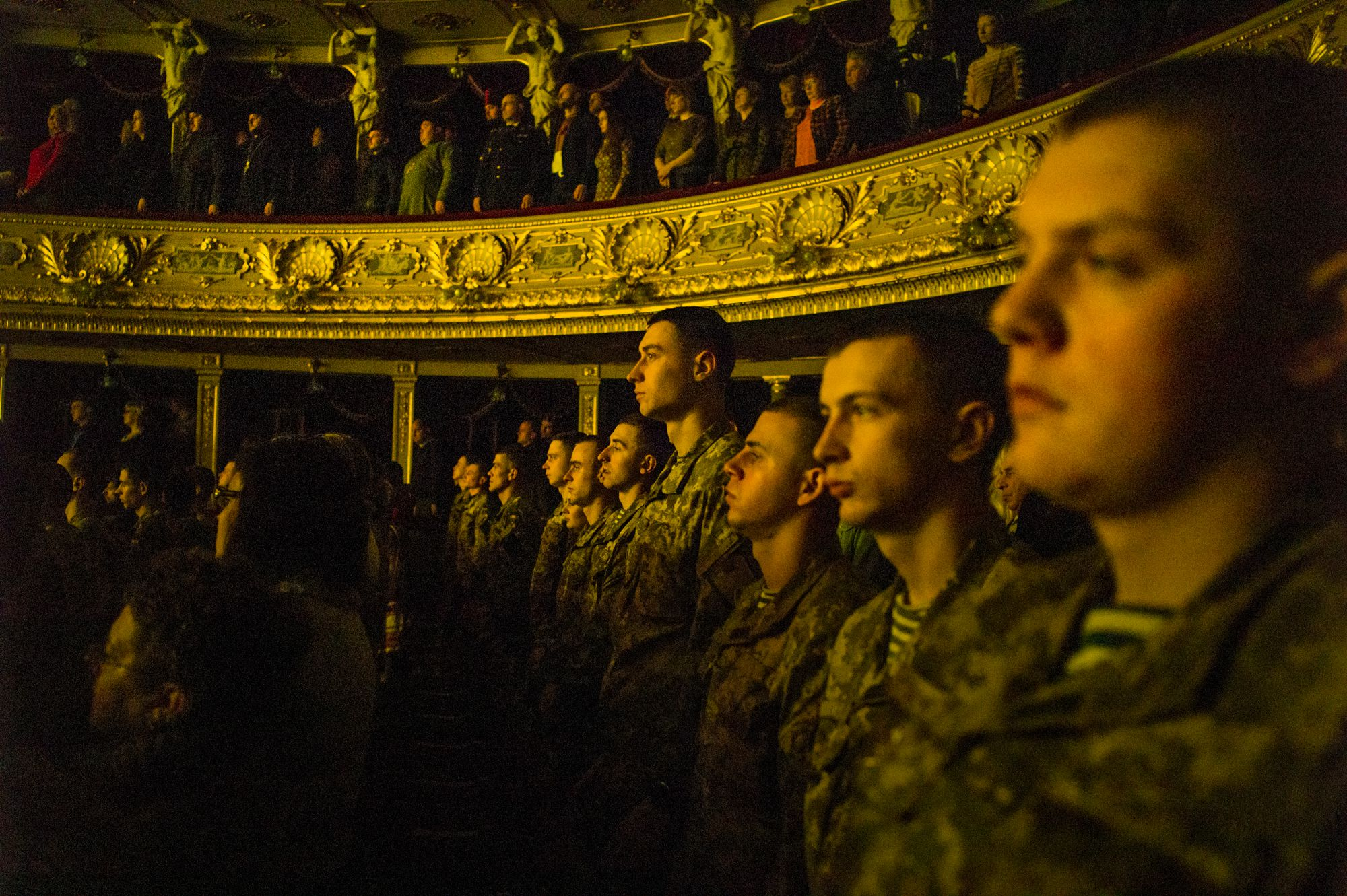 New army recruits sing the national anthem on Unity Day.