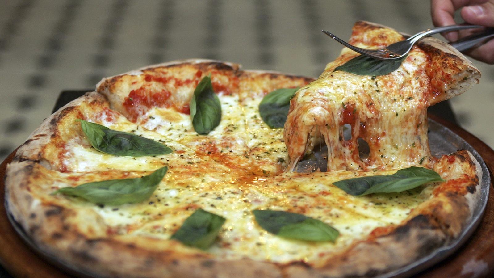 IRCTC-Pizza-Domino's Pizza