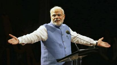 India's Prime Minister Narendra Modi reacts as he speaks to members of the Australian-Indian community during a reception in Sydney November 17, 2014.