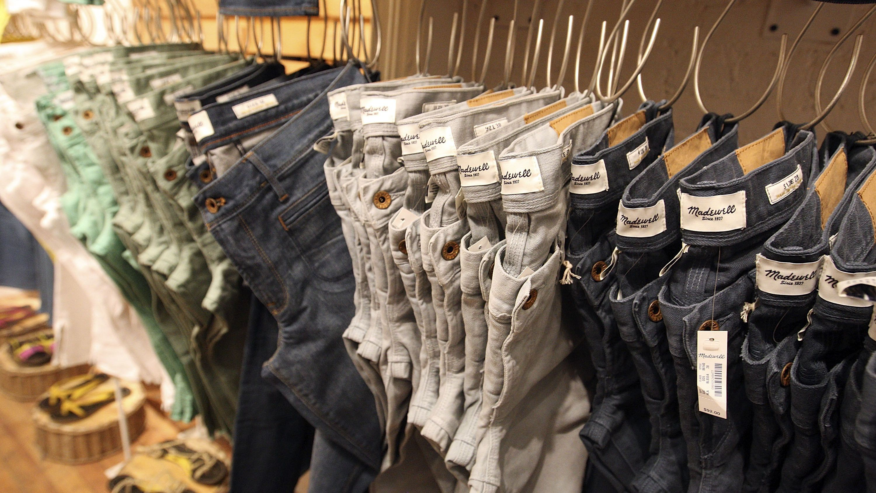 Madewell's IPO comes as blue jeans rebound