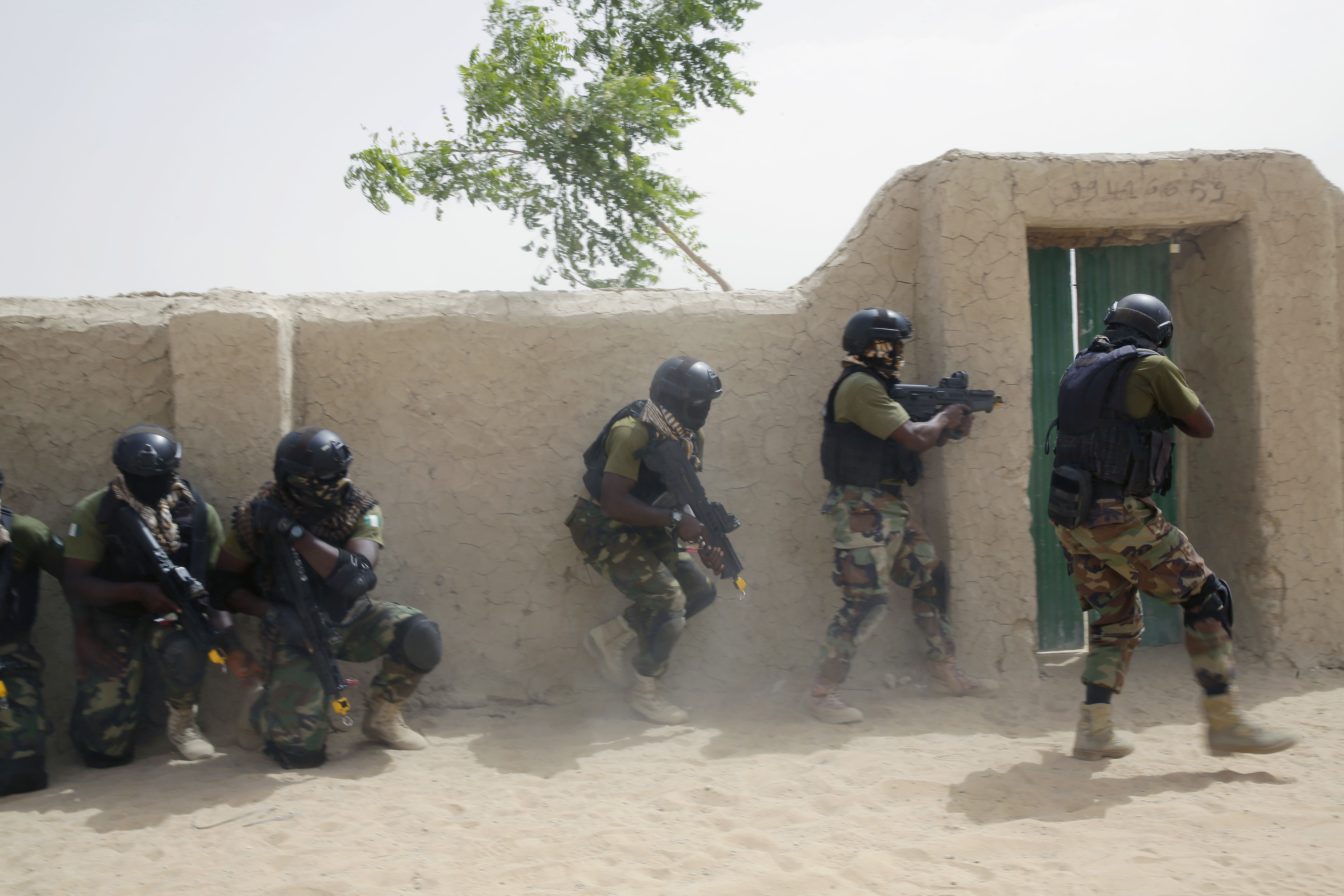 Nigerian special forces participate in an hostage rescue