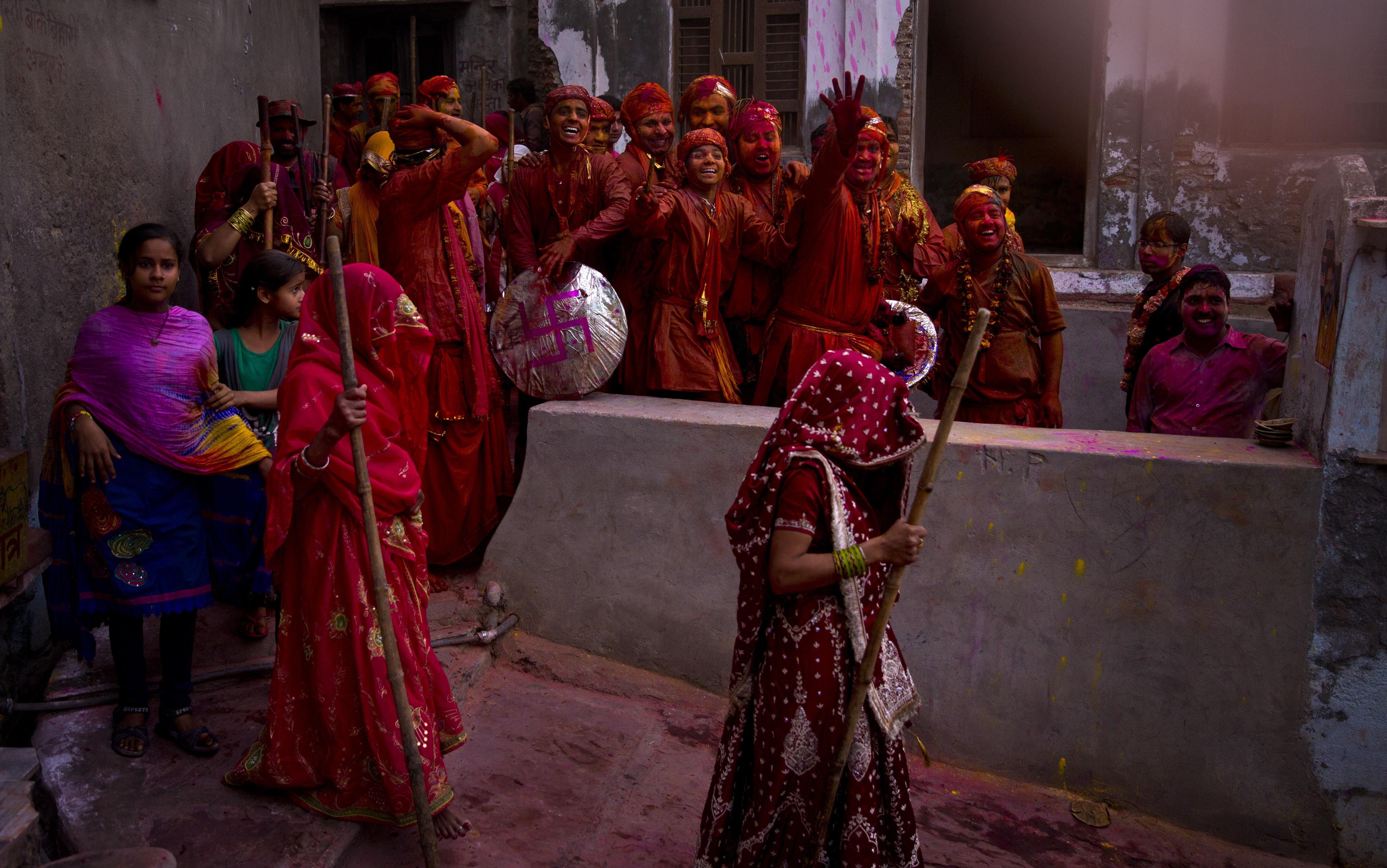 India-Holi-Lathmar