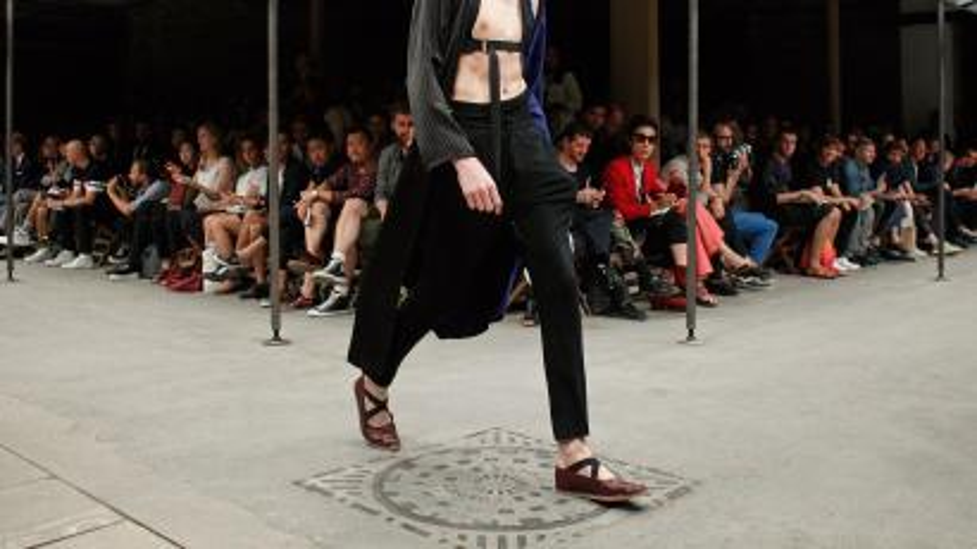 dries van noten, menswear, fashion, style, lifestyle, spring 2015, paris fashion week, sweatpants