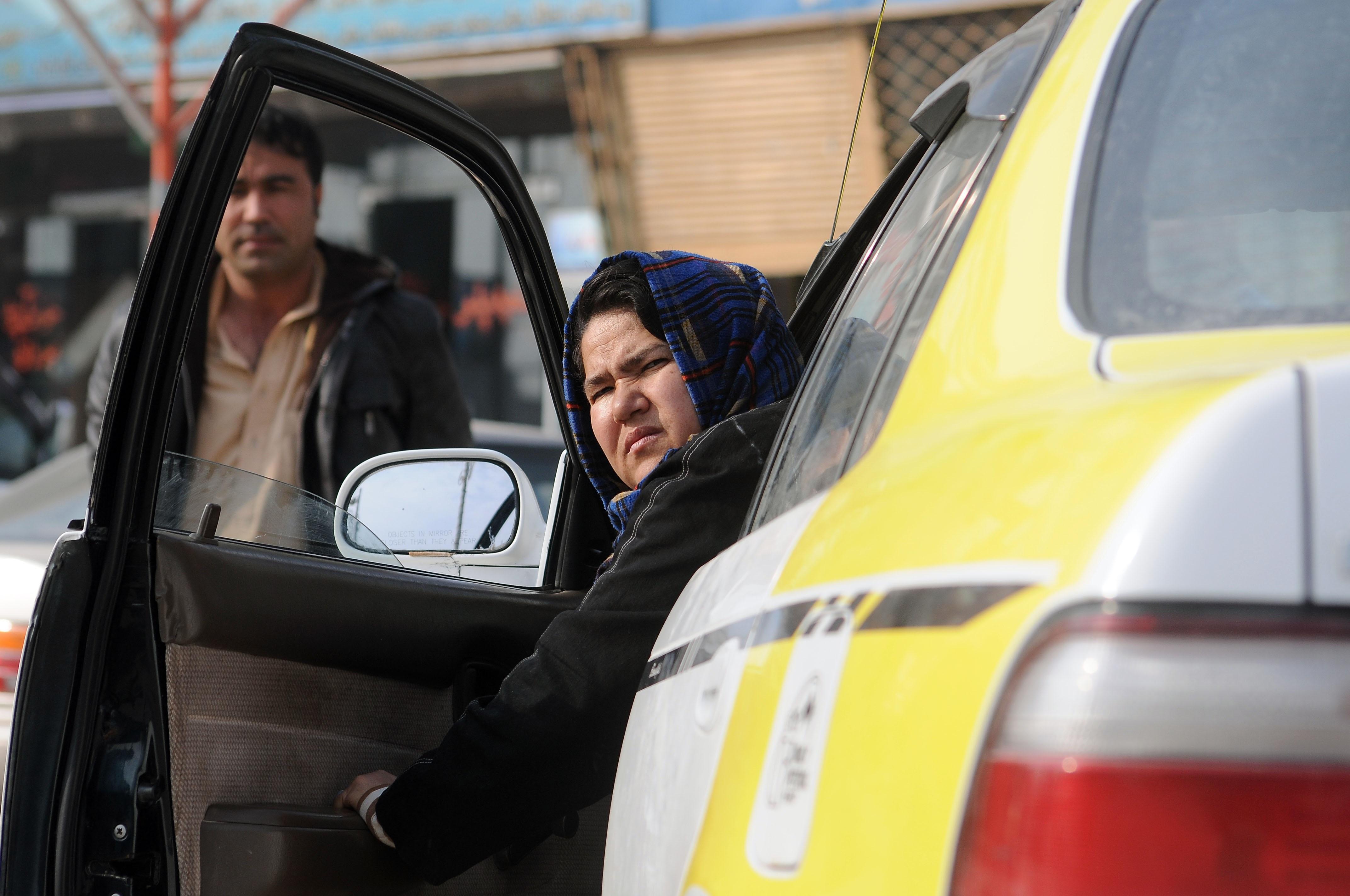 Afghanistan-woman