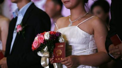 "China's ""homowives"" are becoming unlikely champions for gay rights"