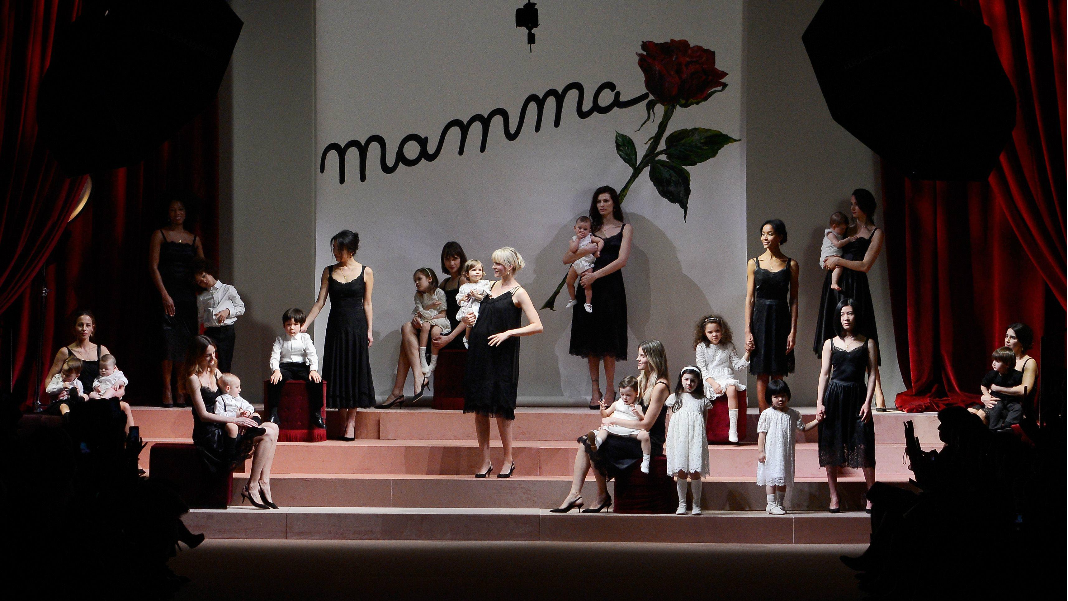 mothers, runway, dolce and gabbana, fashion week, milan