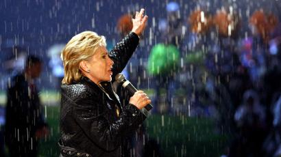 Democratic presidential hopeful, Sen. Hillary Rodham Clinton, D-N.Y., rallies the crowd in the rain as she campaigns in McKeesport, Pa., Saturday, April 19, 2008.
