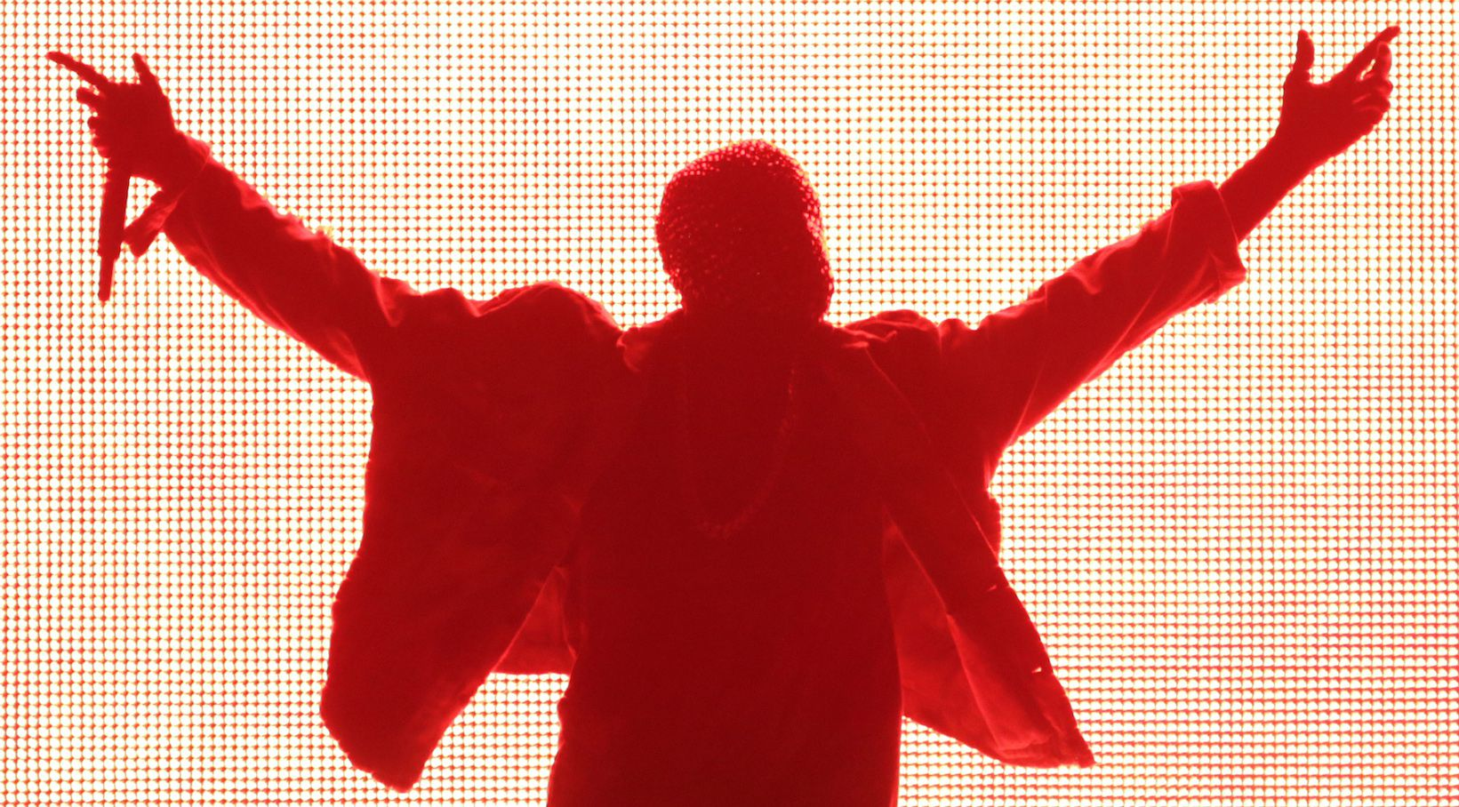 Rapper Kanye West performs during the Made in American music festival in Los Angeles, California August 31, 2014. REUTERS/Jonathan Alcorn  (UNITED STATES - Tags: ENTERTAINMENT TPX IMAGES OF THE DAY) - RTR44GWB