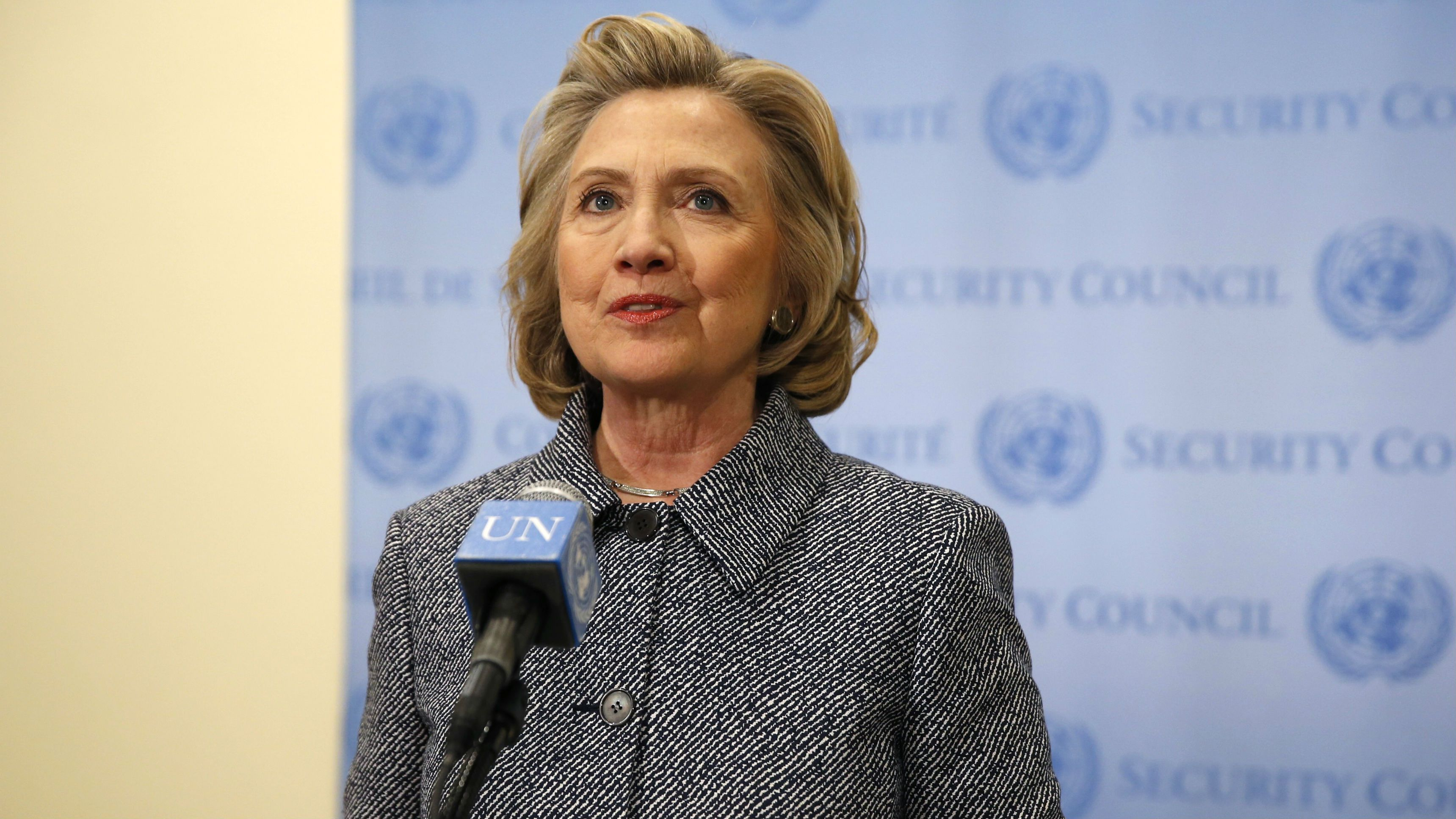 Former U.S. Secretary of State Hillary Clinton speaks during a press conference at the United Nations in New York March 10, 2015. REUTERS/Mike Segar (UNITED STATES - Tags: POLITICS)